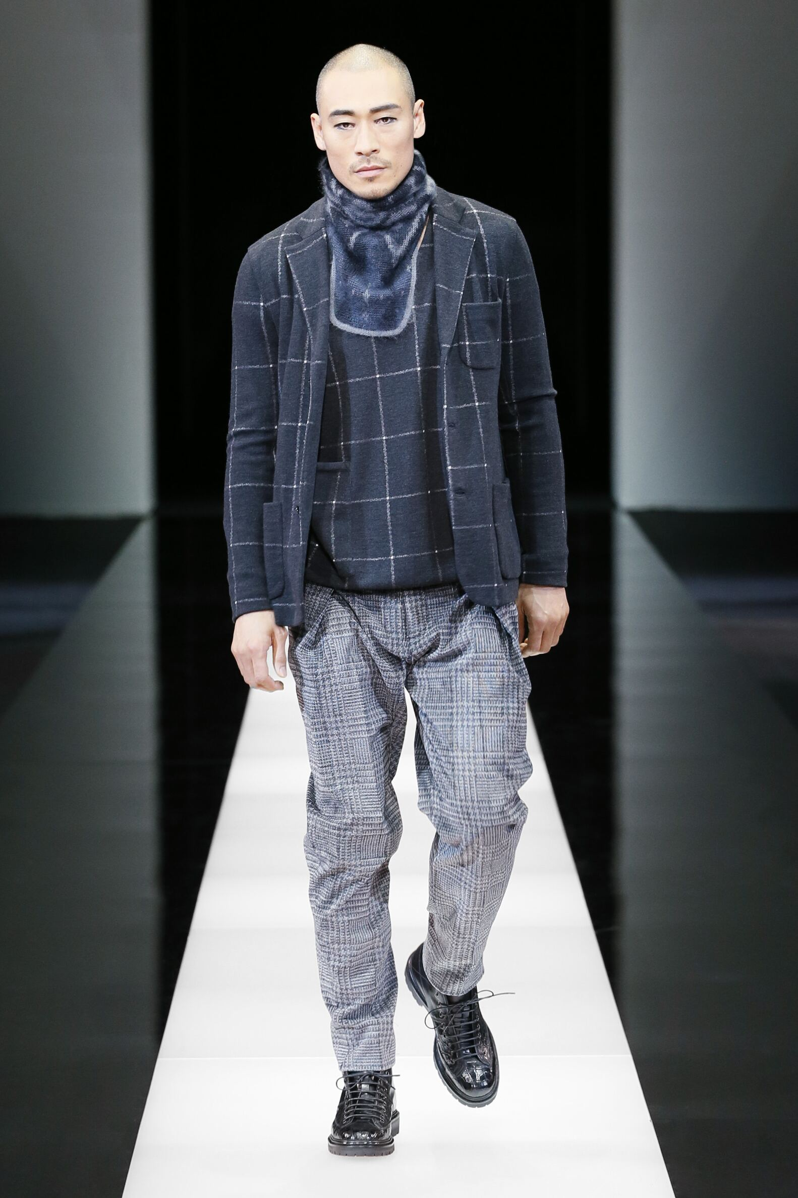 Giorgio Armani Fall Winter 2015 16 Men's Collection Milan Fashion Week Fashion Show