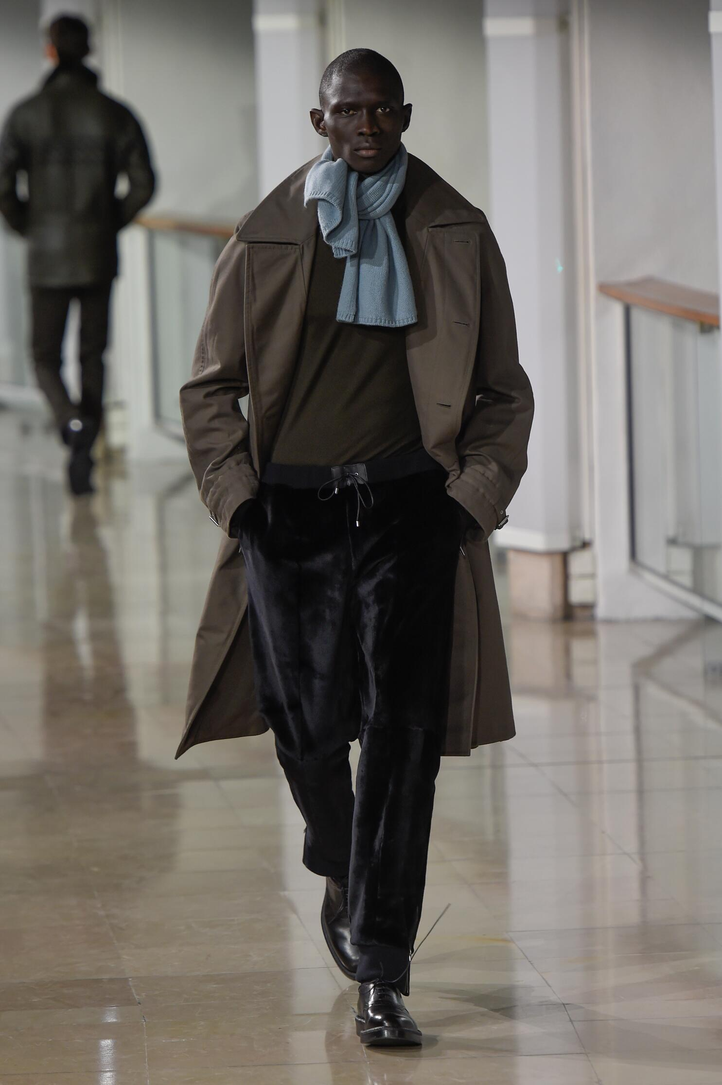Hermès Collection Fall 2015 Catwalk
