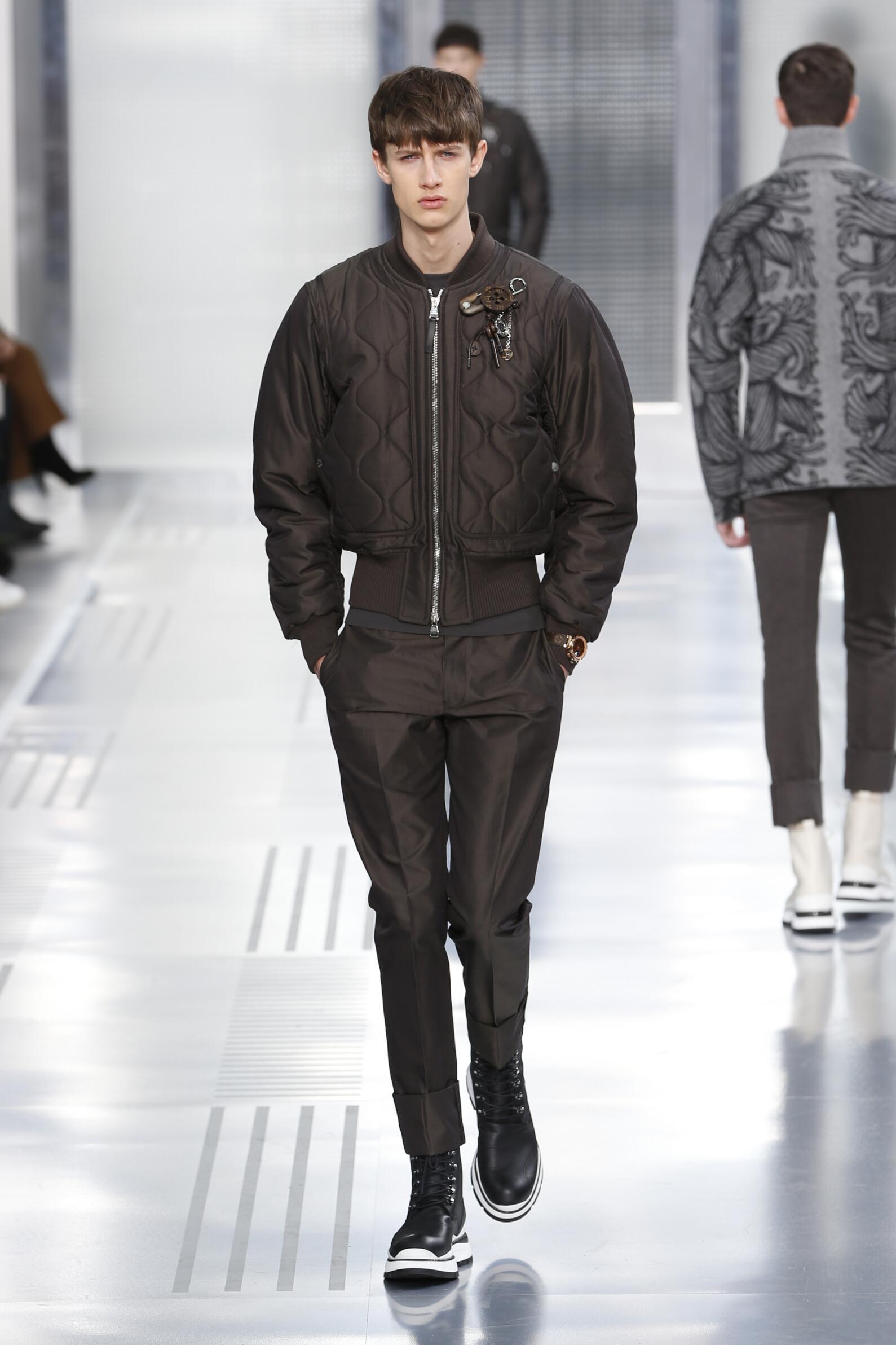 Louis Vuitton Collection Paris Fashion Week