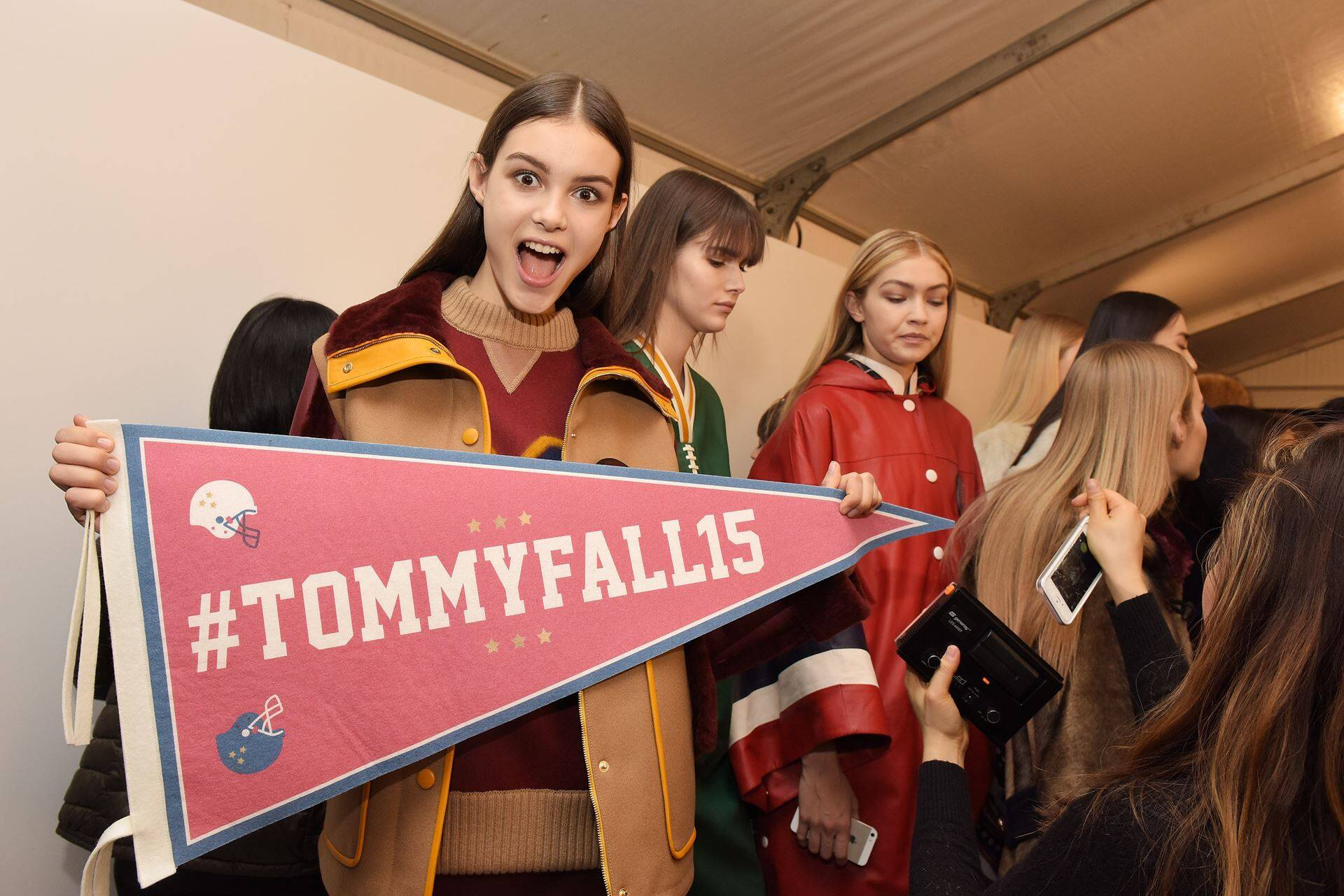 Models Backstage Tommy Hilfiger 2015 2016