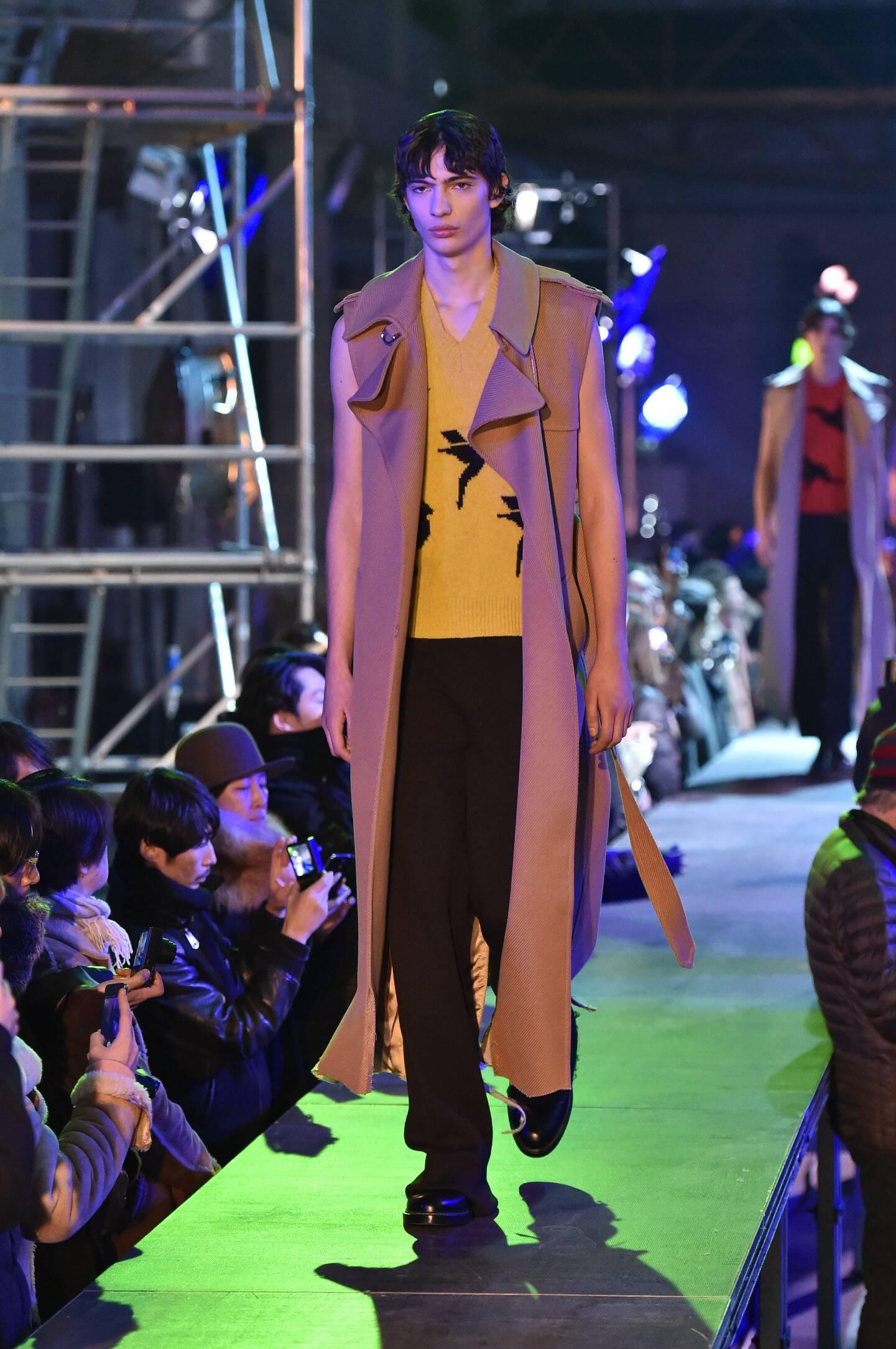 Raf Simons Collection Pariso Fashion Week