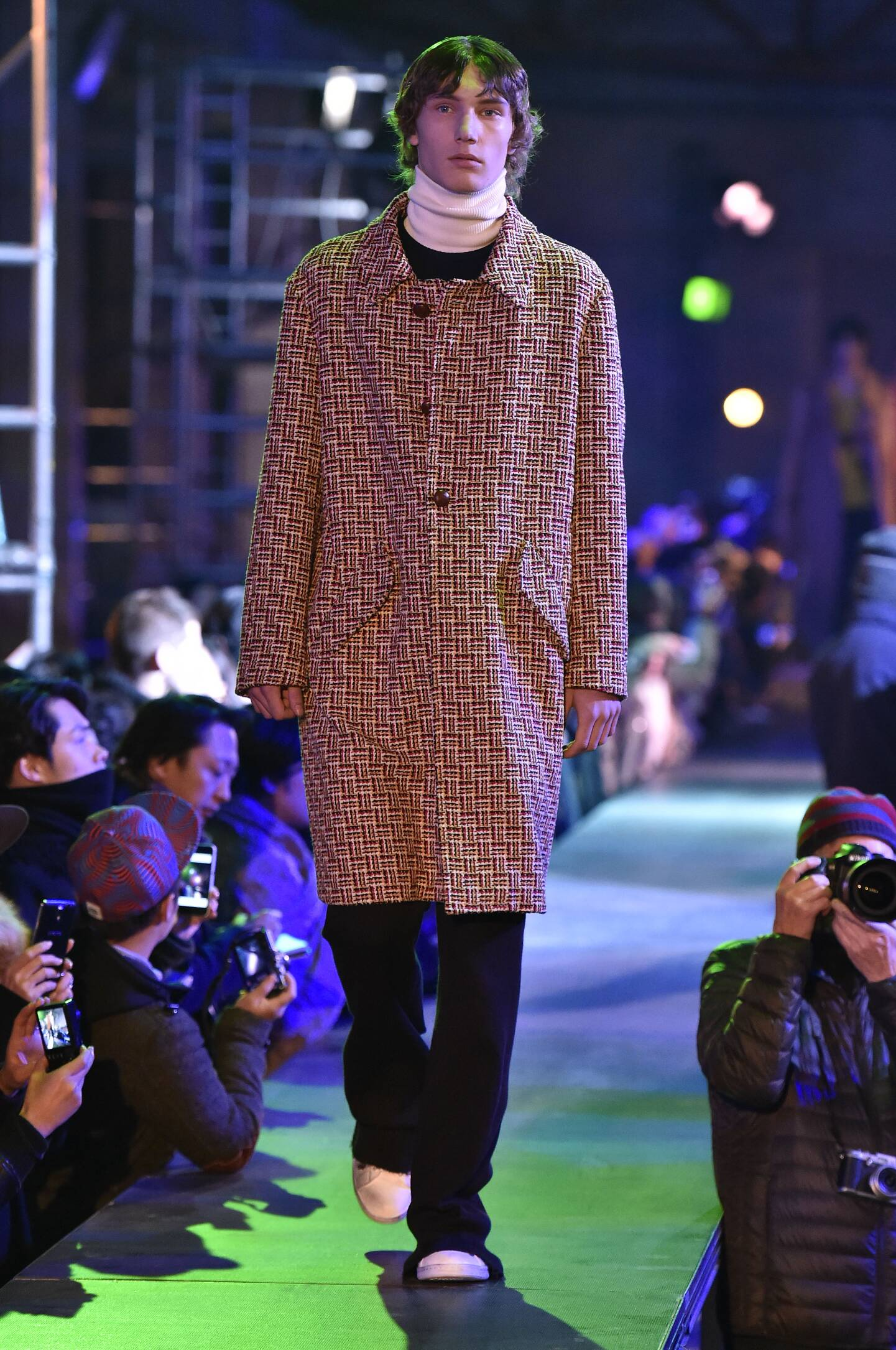 Raf Simons Fall Winter 2015 16 Mens Collection Pariso Fashion Week