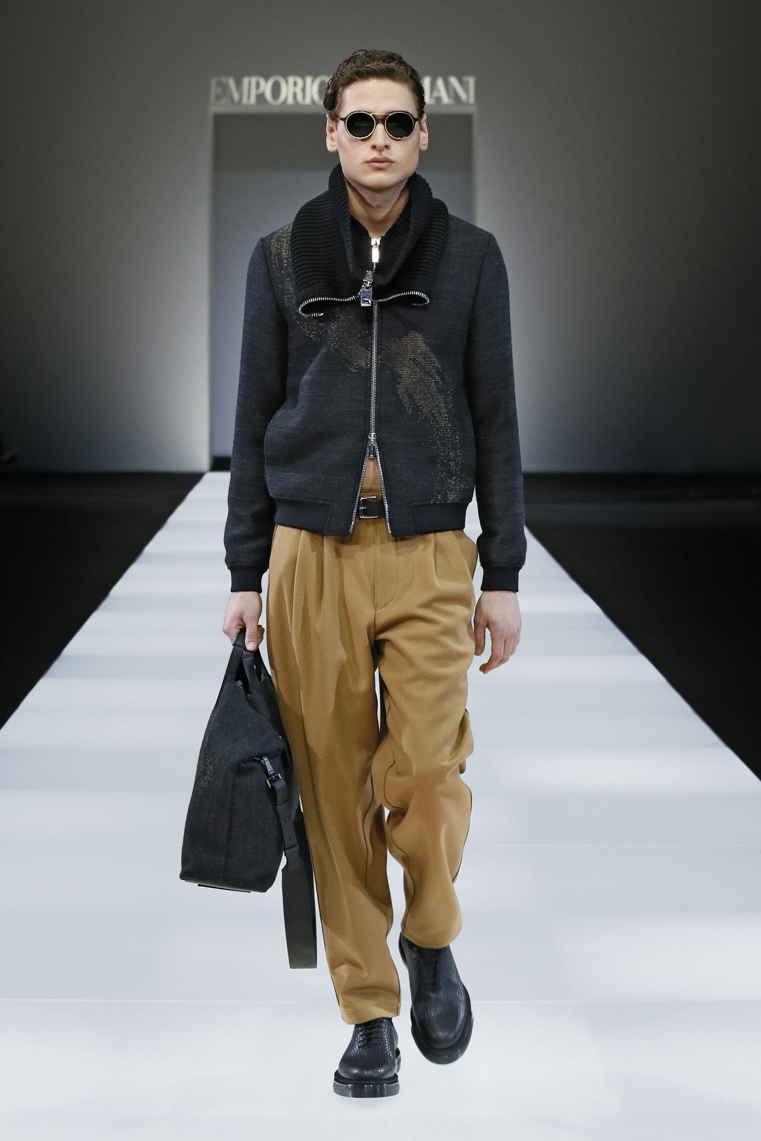 Runway Emporio Armani Fall Winter 2015 16 Men's Collection Milan Fashion Week