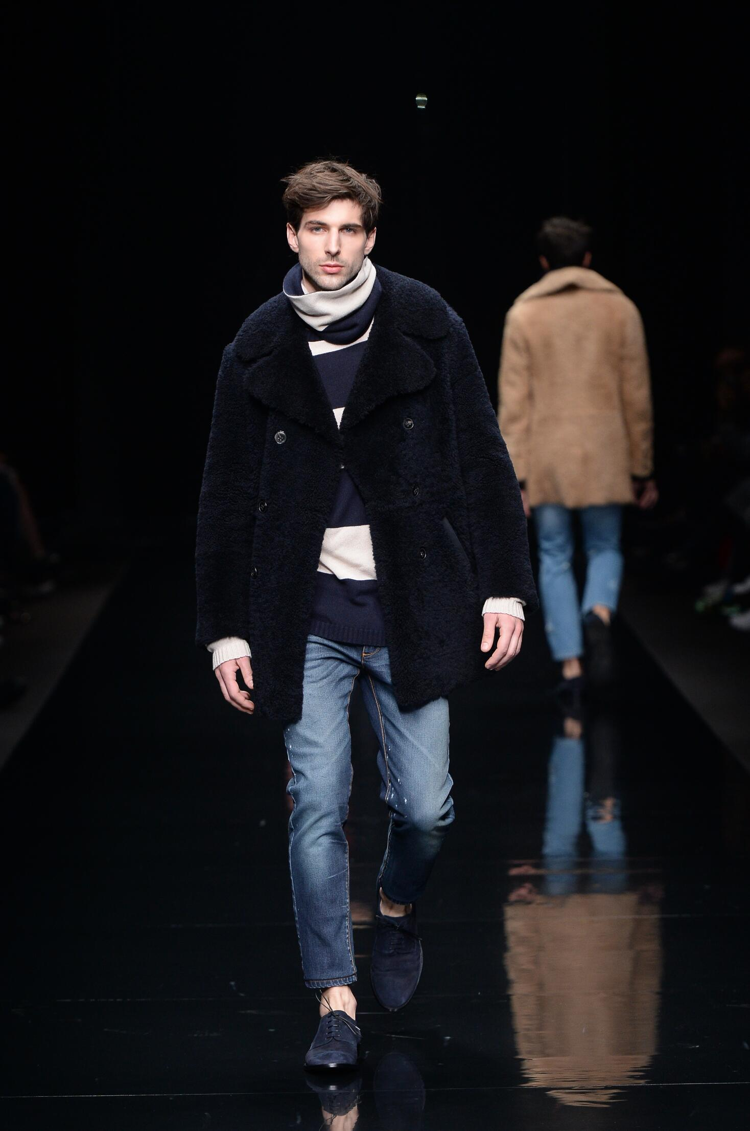 Runway Ermanno Scervino Fall Winter 2015 16 Men's Collection Milan Fashion Week