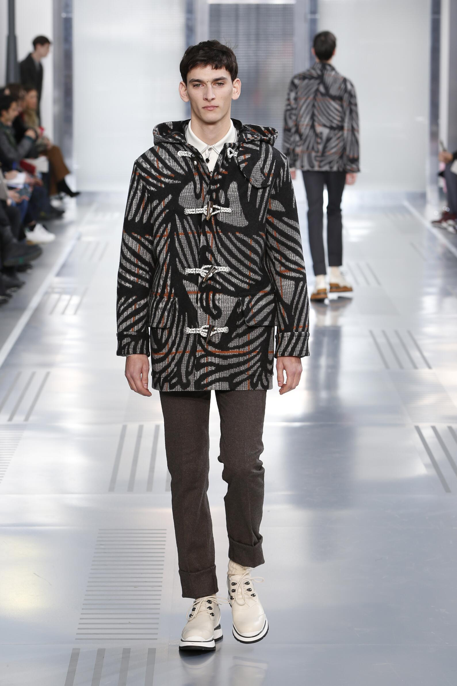 Runway Louis Vuitton Fall Winter 2015 16 Men's Collection Paris Fashion Week