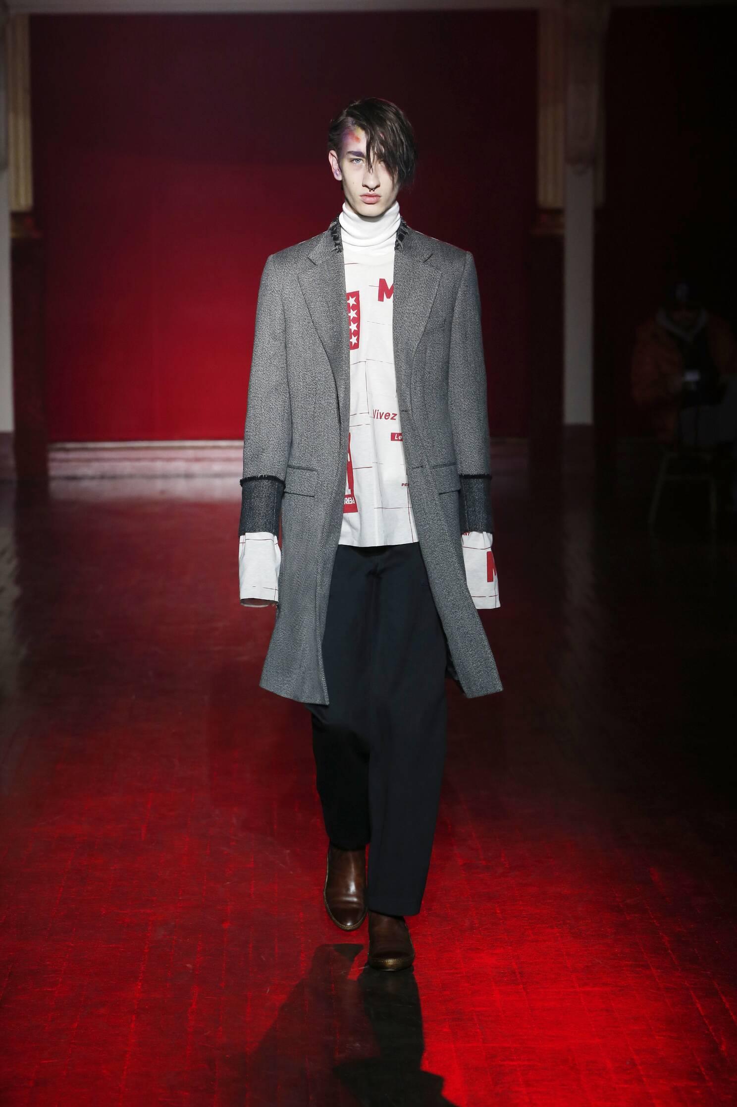 Runway Maison Margiela Fall Winter 2015 16 Men's Collection Paris Fashion Week