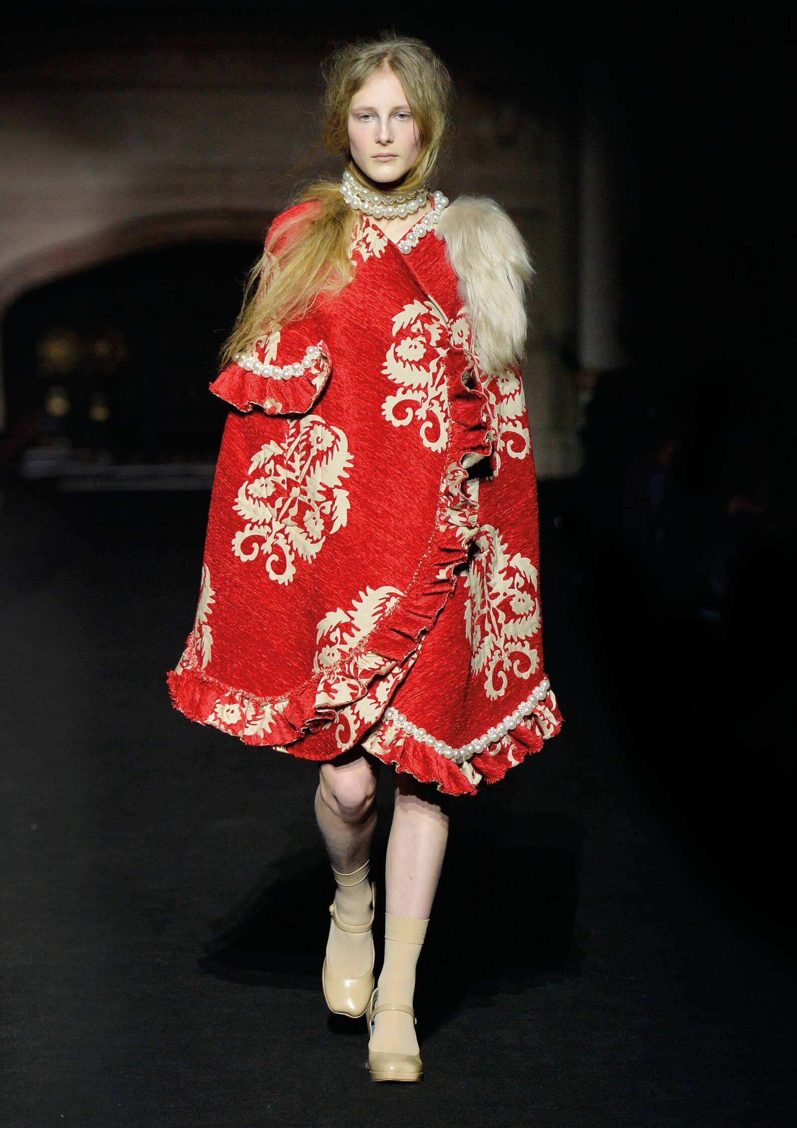 Runway Simone Rocha Fashion Show Winter 2015