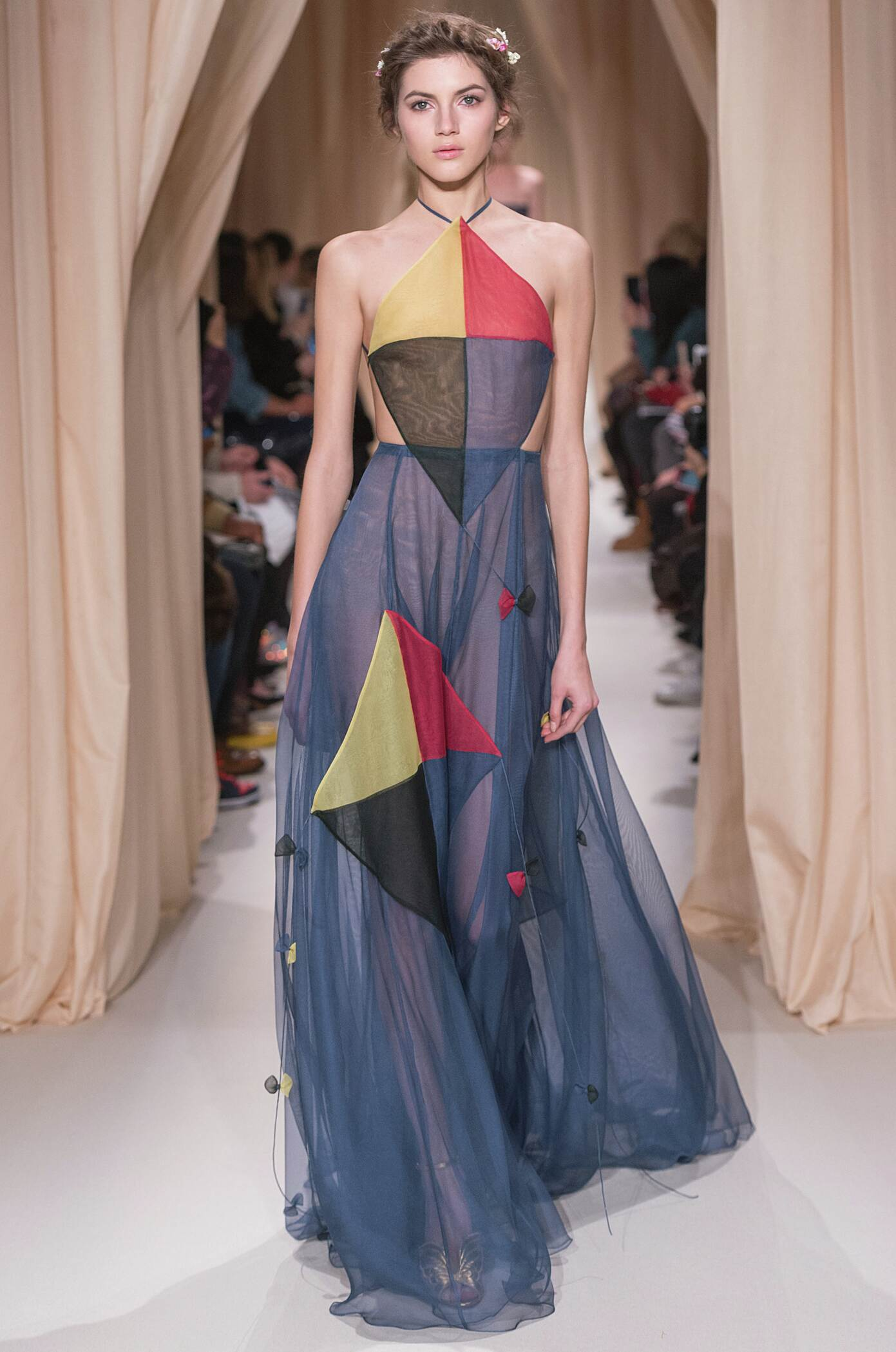 Runway Valentino Haute Couture Fashion Show Summer 2015