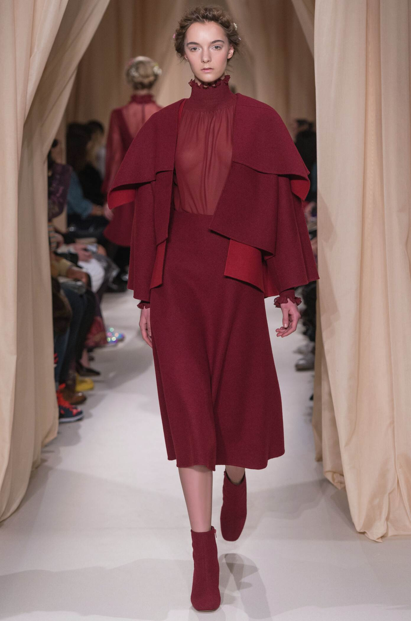Runway Valentino Haute Couture Spring Summer 2015 Women's Collection Paris Fashion Week