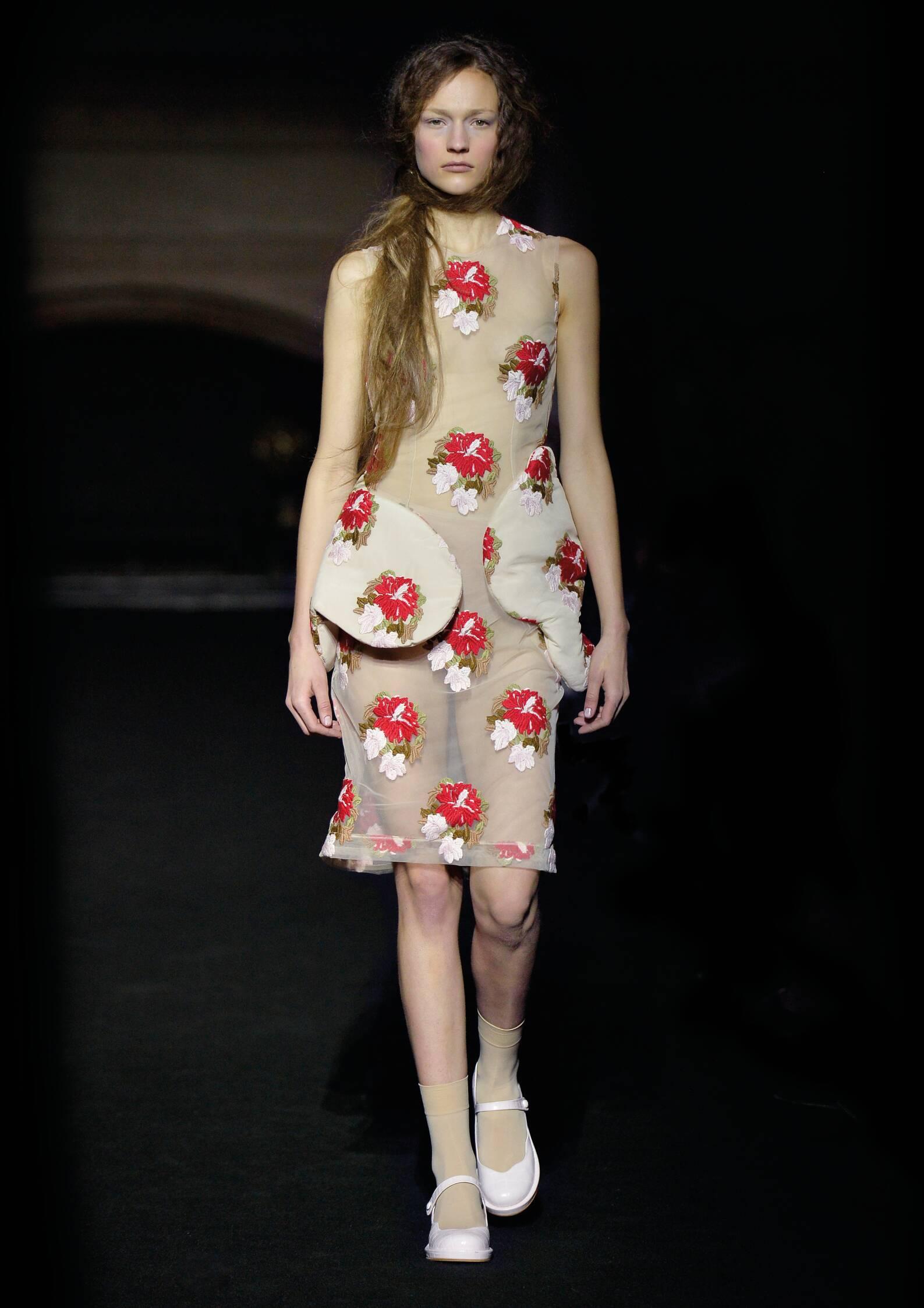 Simone Rocha Collection Fashion Show FW 2015 2016