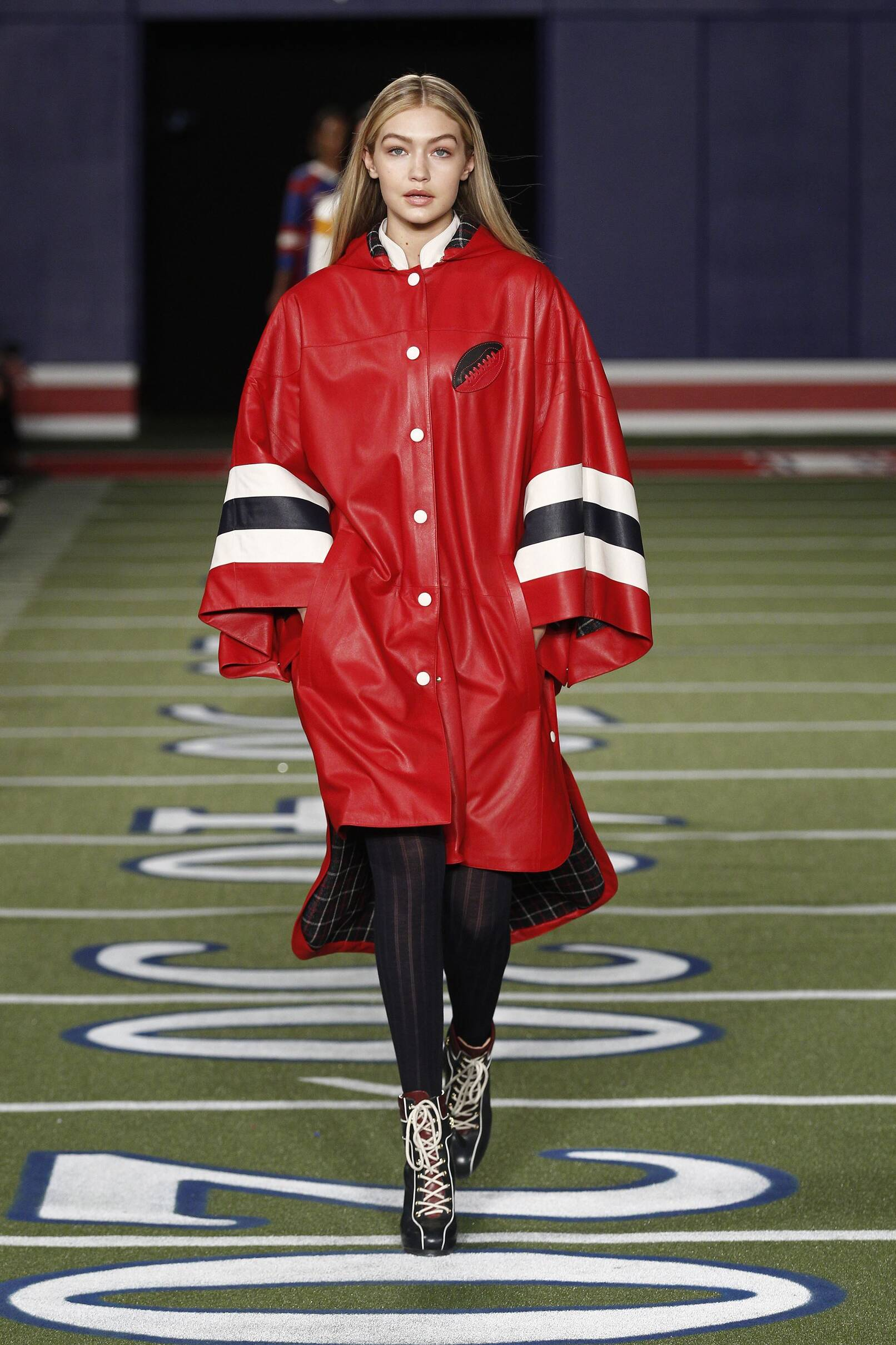 Tommy hilfiger fall winter 2015 16 women s collection the skinny beep - Tommy hilfiger show ...