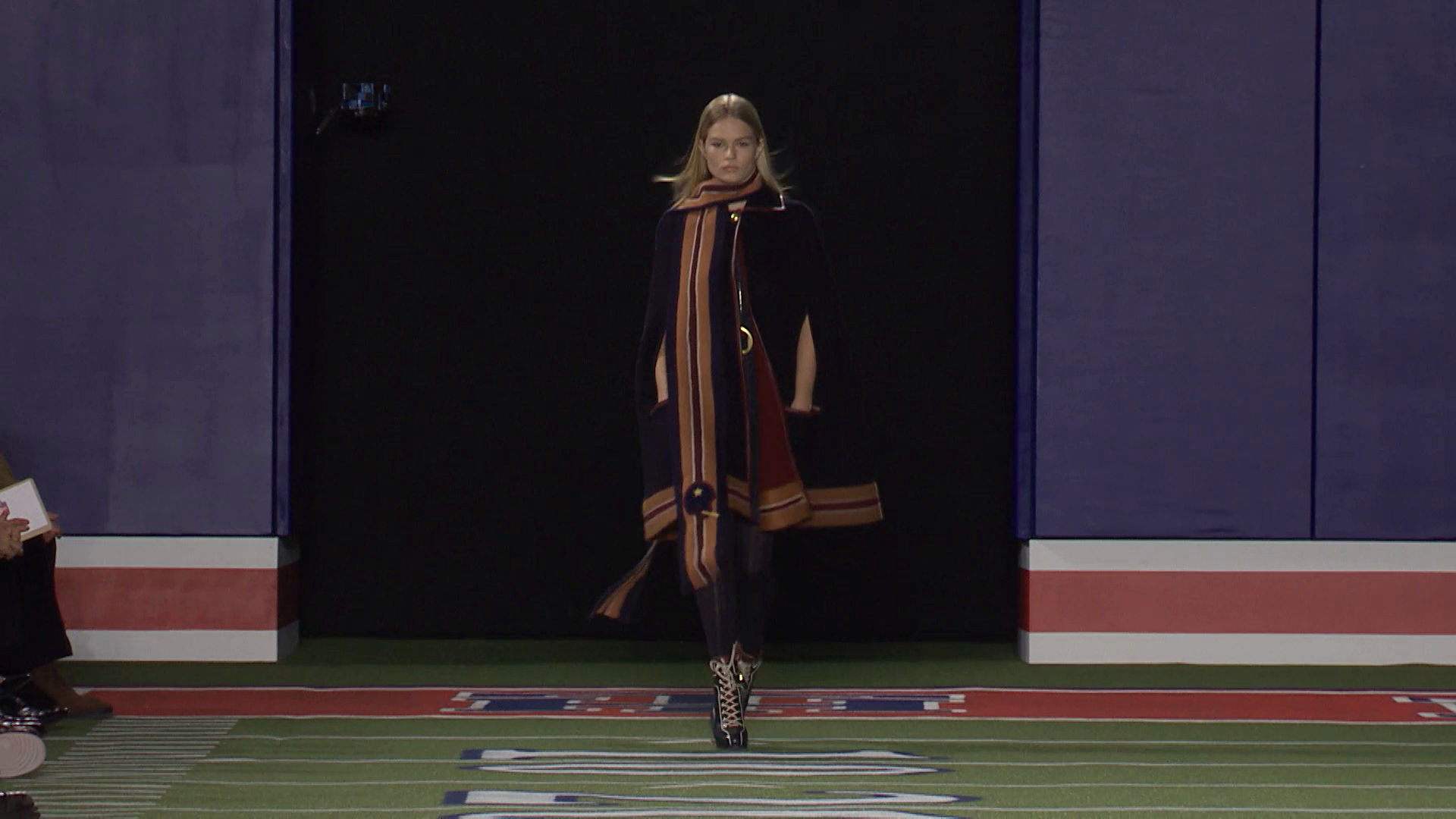 Tommy Hilfiger Fall Winter 2015-16 Women's Fashion Show - New York Fashion Week
