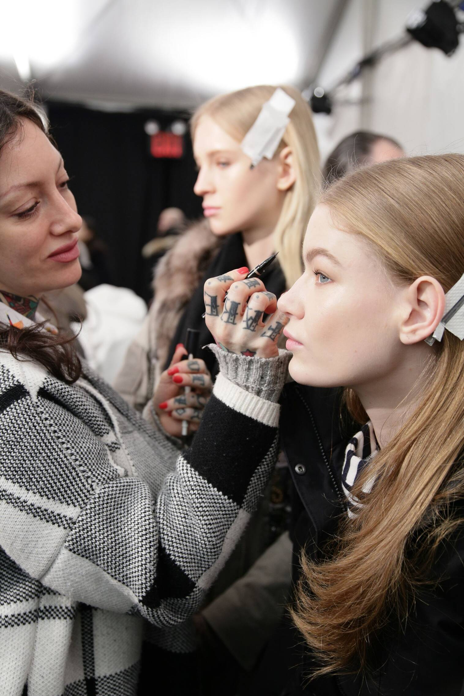 Tommy Hilfiger Make Up Backstage New York