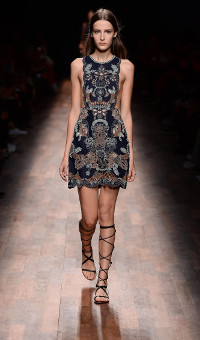 VALENTINO SPRING SUMMER 2015 WOMEN'S COLLECTION – PARIS FASHION WEEK