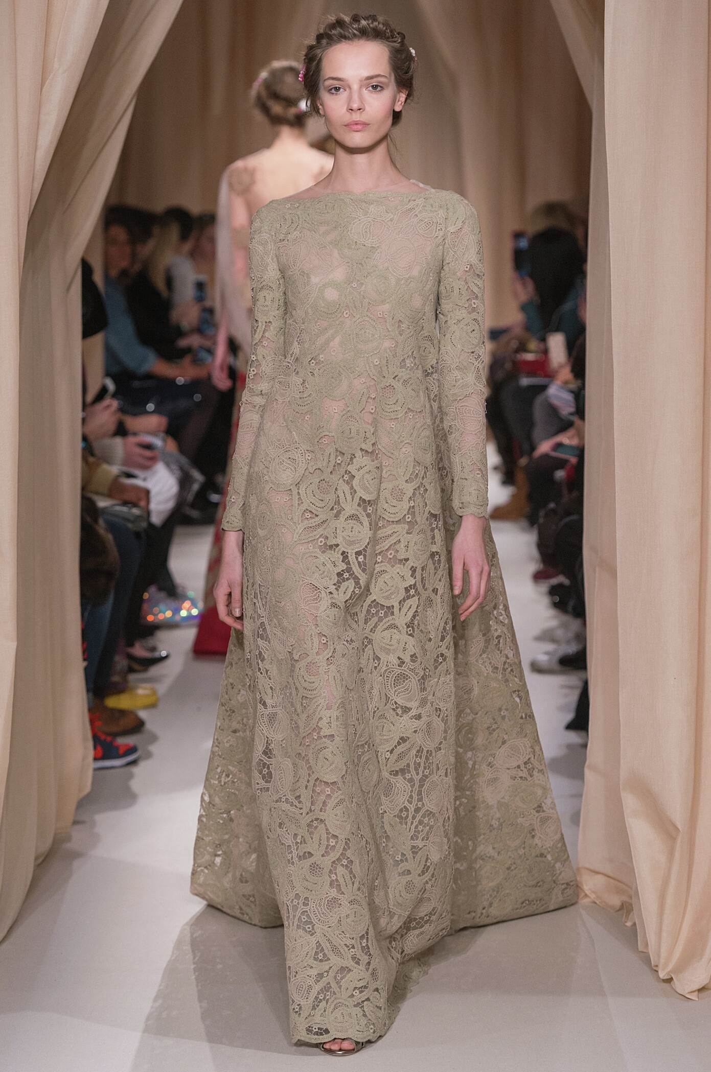 Valentino Haute Couture Collection Fashion Show SS 2015