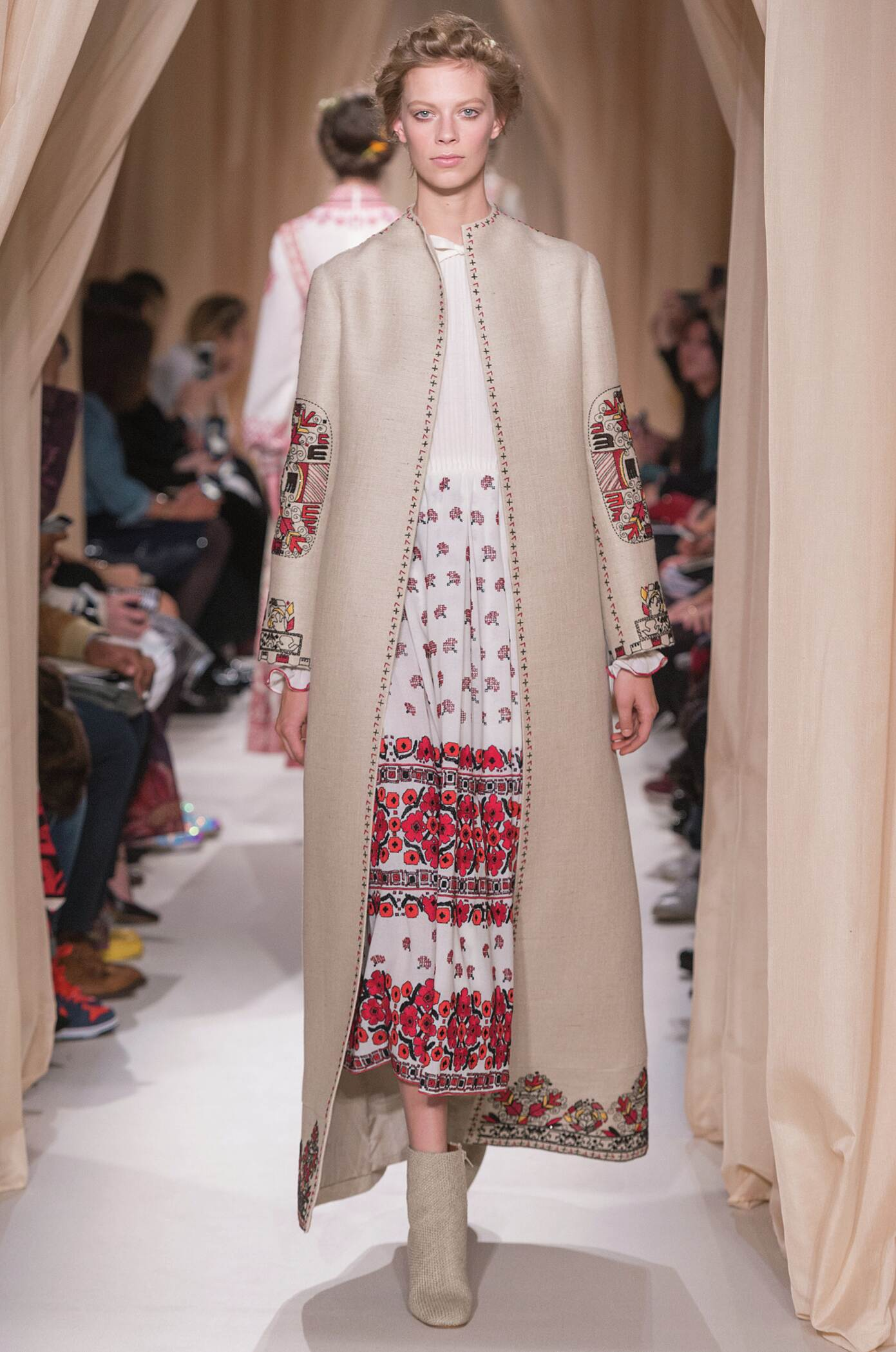 Valentino Haute Couture Collection Woman 2015