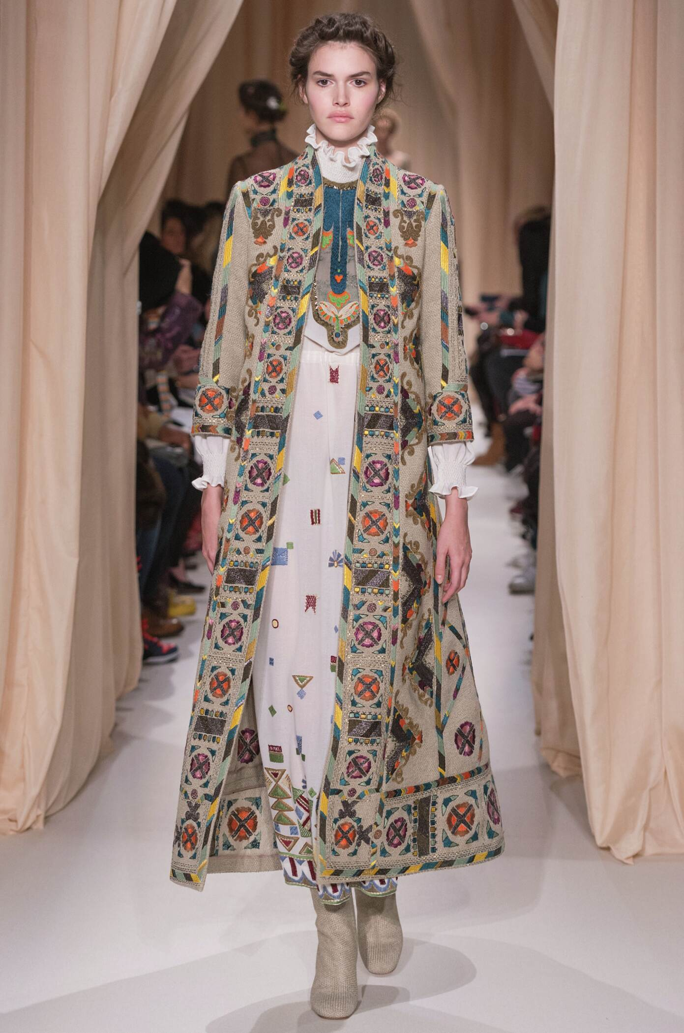 Valentino Haute Couture Spring Summer 2015 Womens Collection Paris Fashion Week