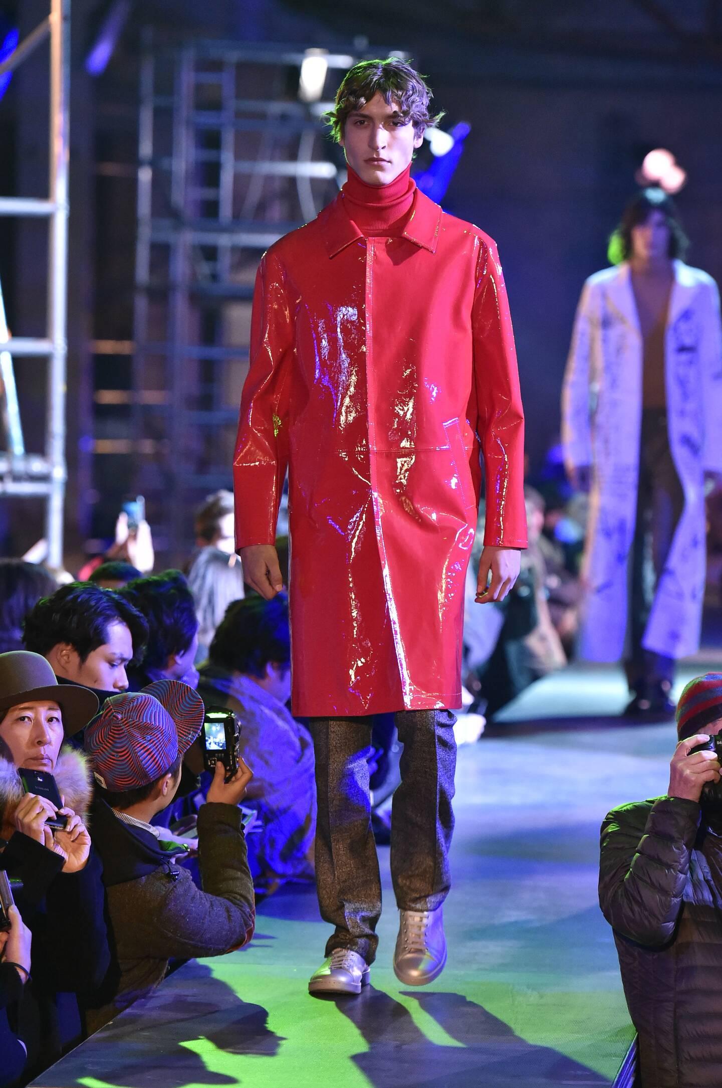Winter 2015 Fashion Show Raf Simons Collection