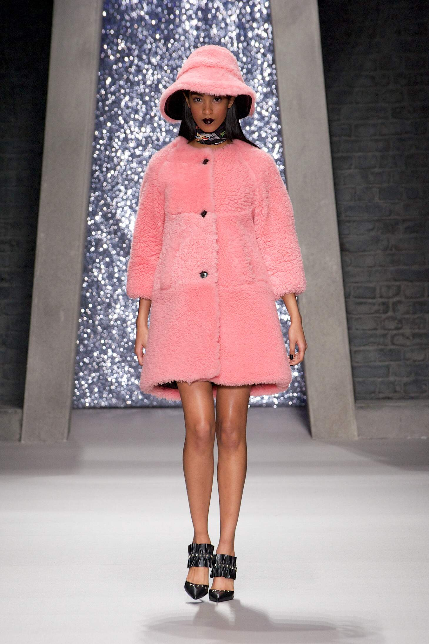 Winter 2015 Woman Trends Ashley Williams Collection