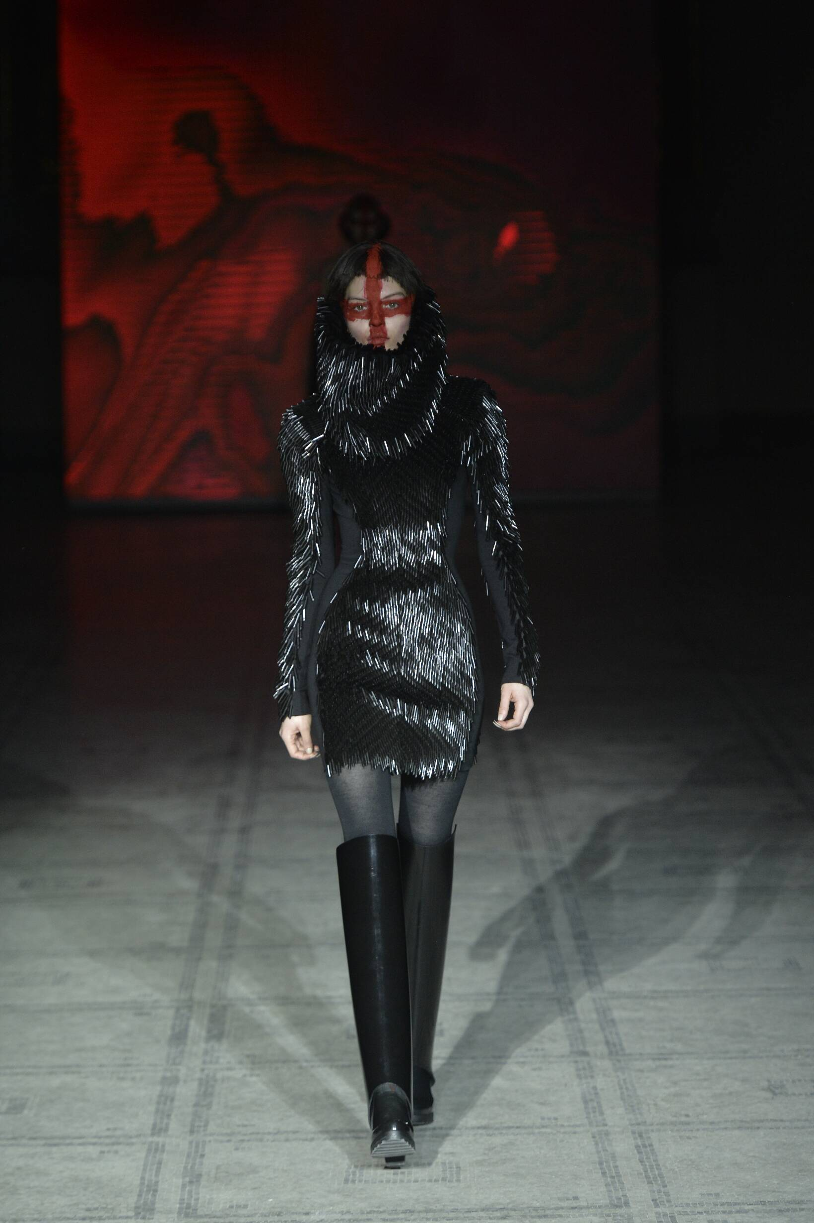 Winter Fashion Trends 2015 2016 Gareth Pugh Collection
