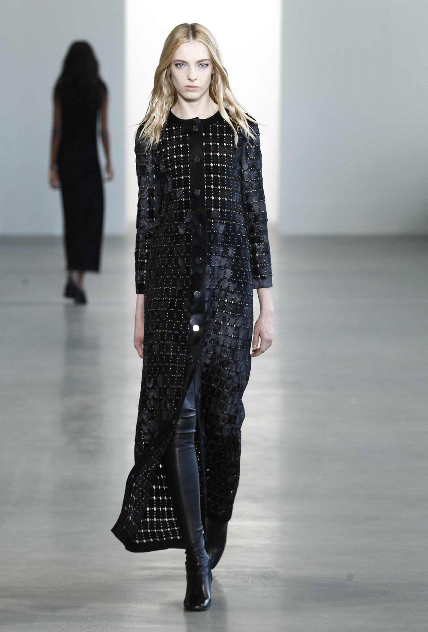 Woman Style Calvin Klein