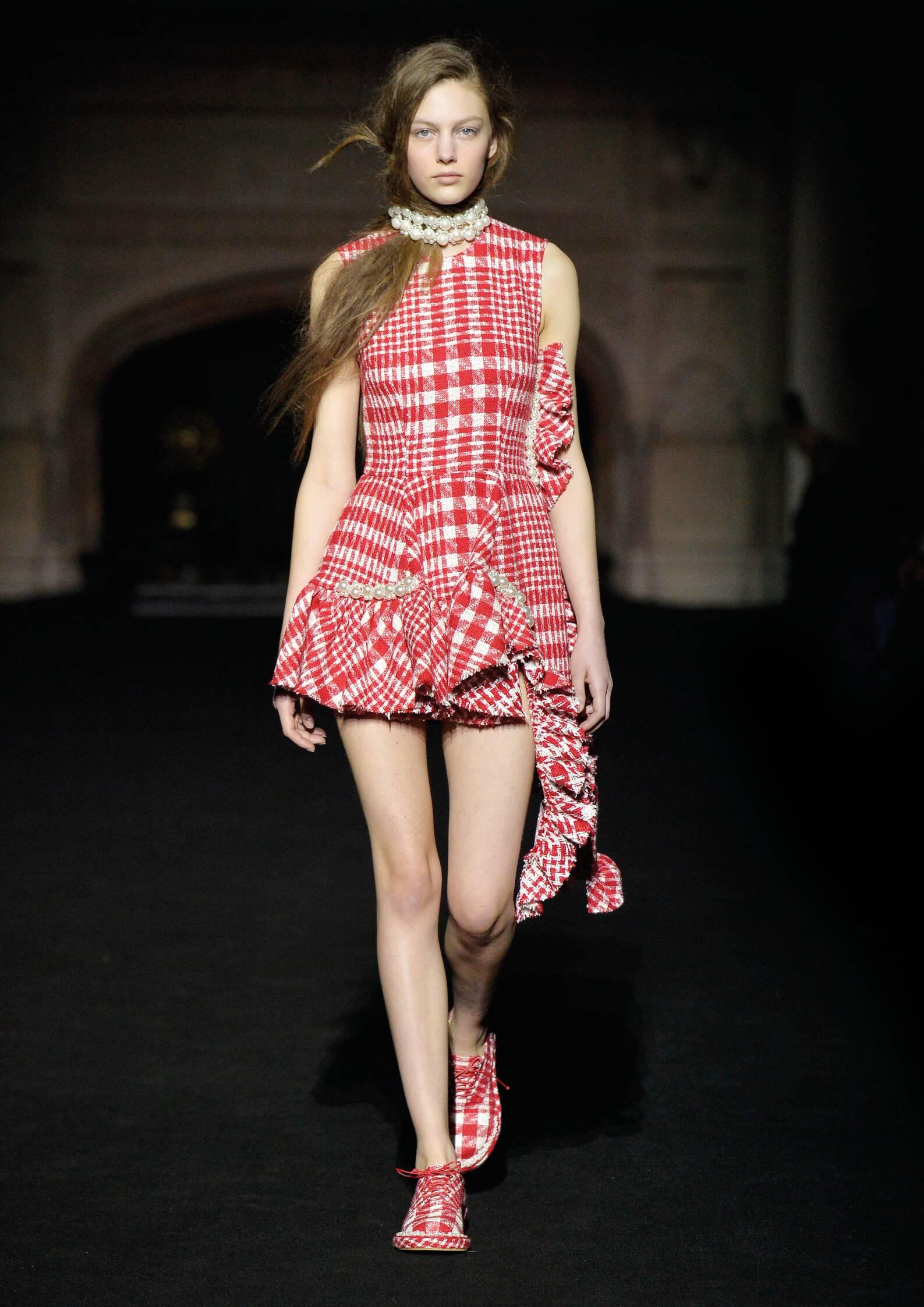 Woman Style Simone Rocha