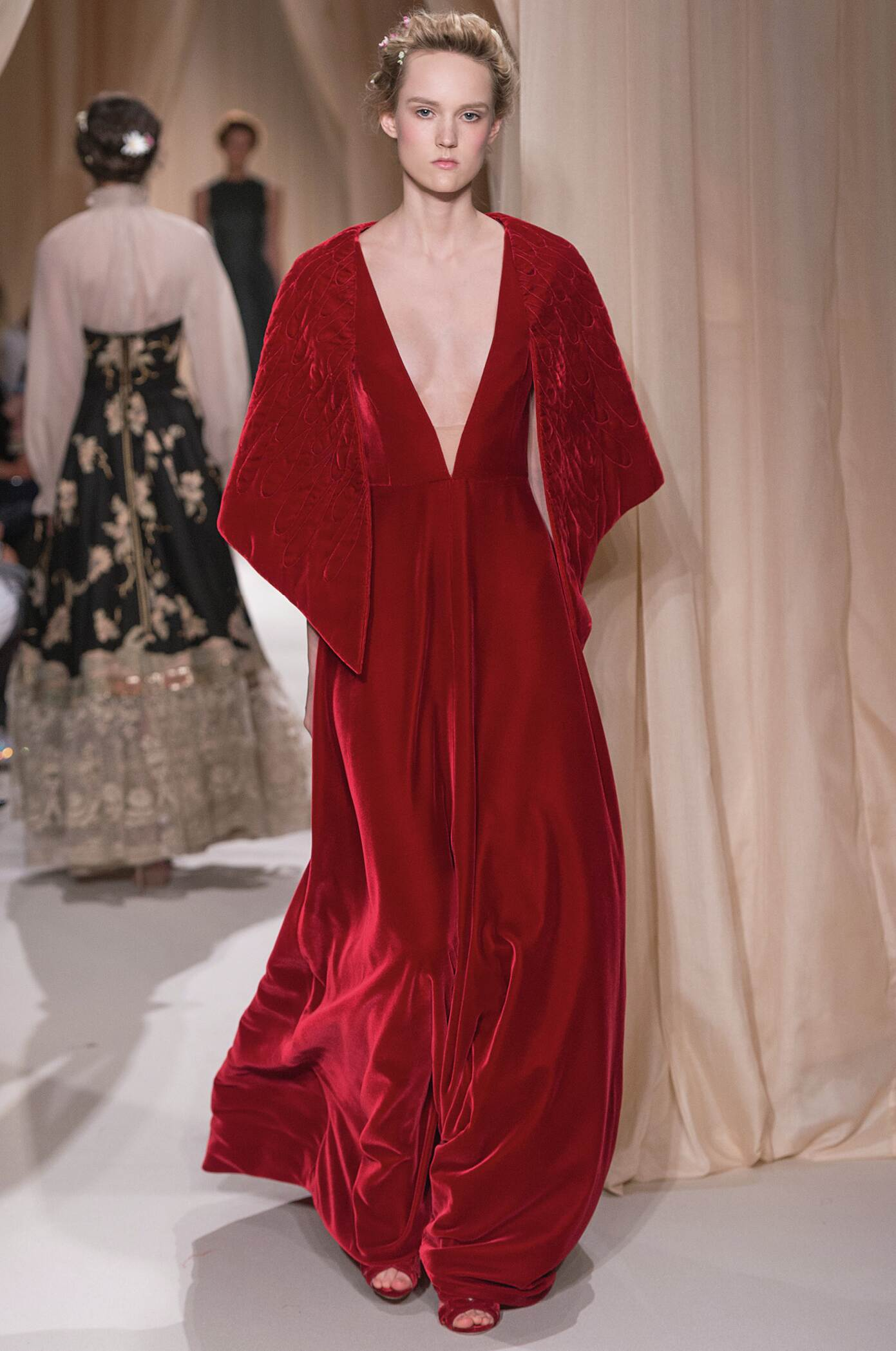 VALENTINO HAUTE COUTURE SPRING SUMMER 2015 WOMEN'S