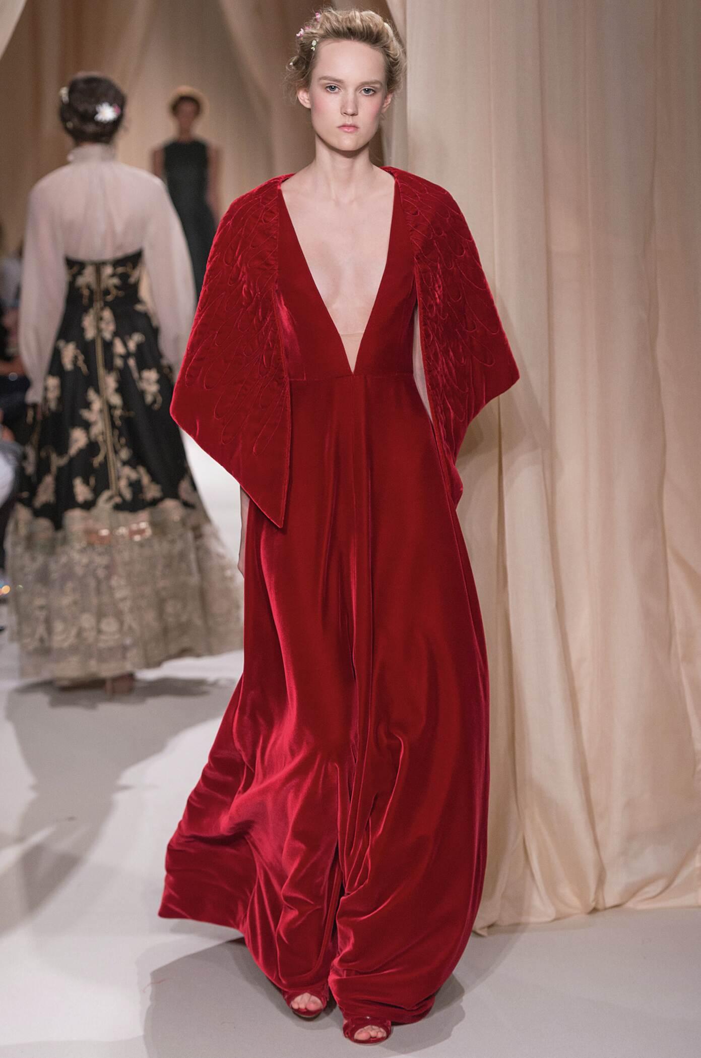Woman Style Valentino Haute Couture