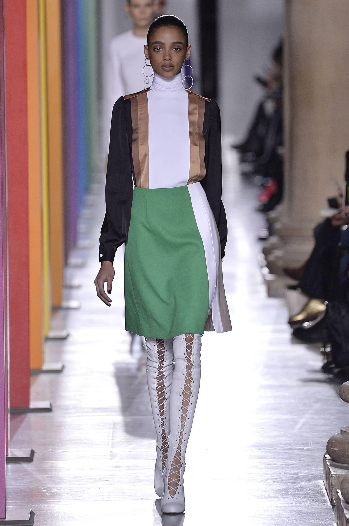 2016 Fall Fashion Woman Jonathan Saunders Collection