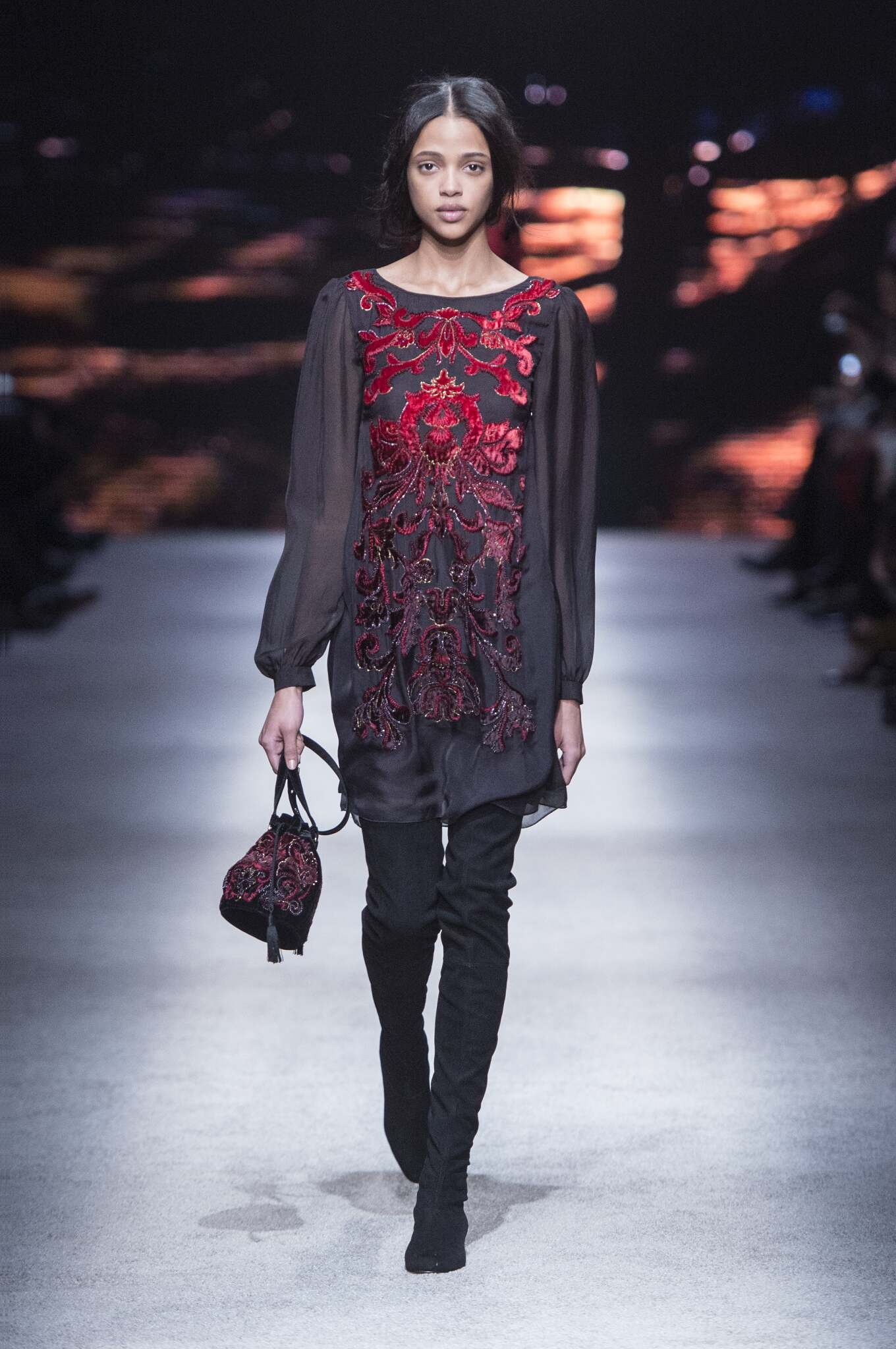 Alberta Ferretti Fall Winter 2015 16 Women's Collection Milan Fashion Week