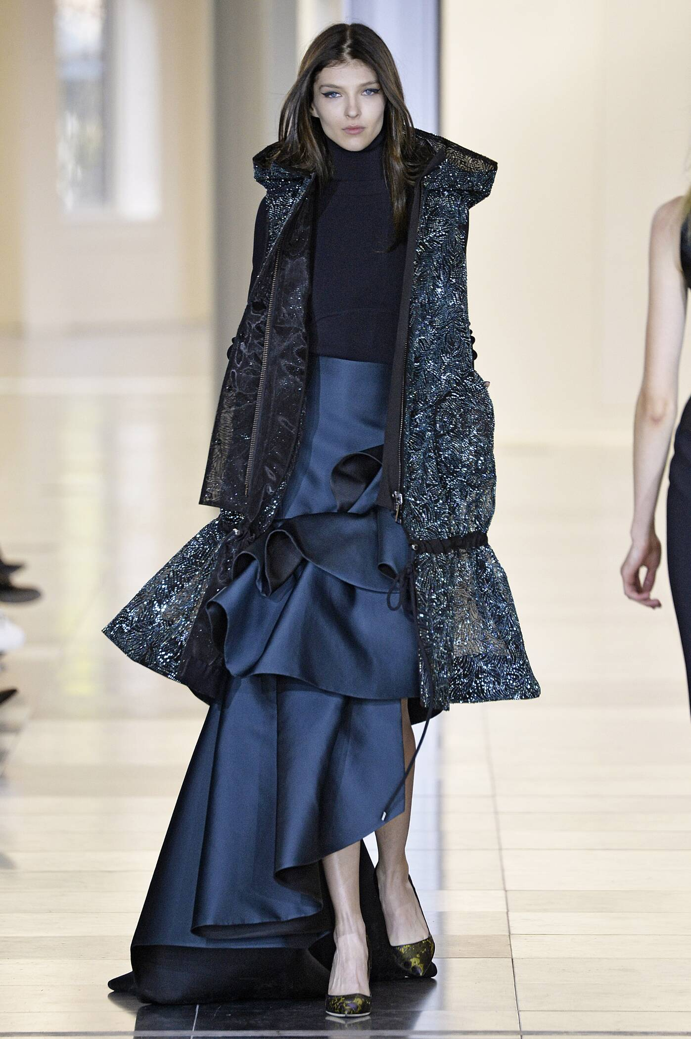 Antonio Berardi Fall Winter 2015 16 Women's Collection London Fashion Week