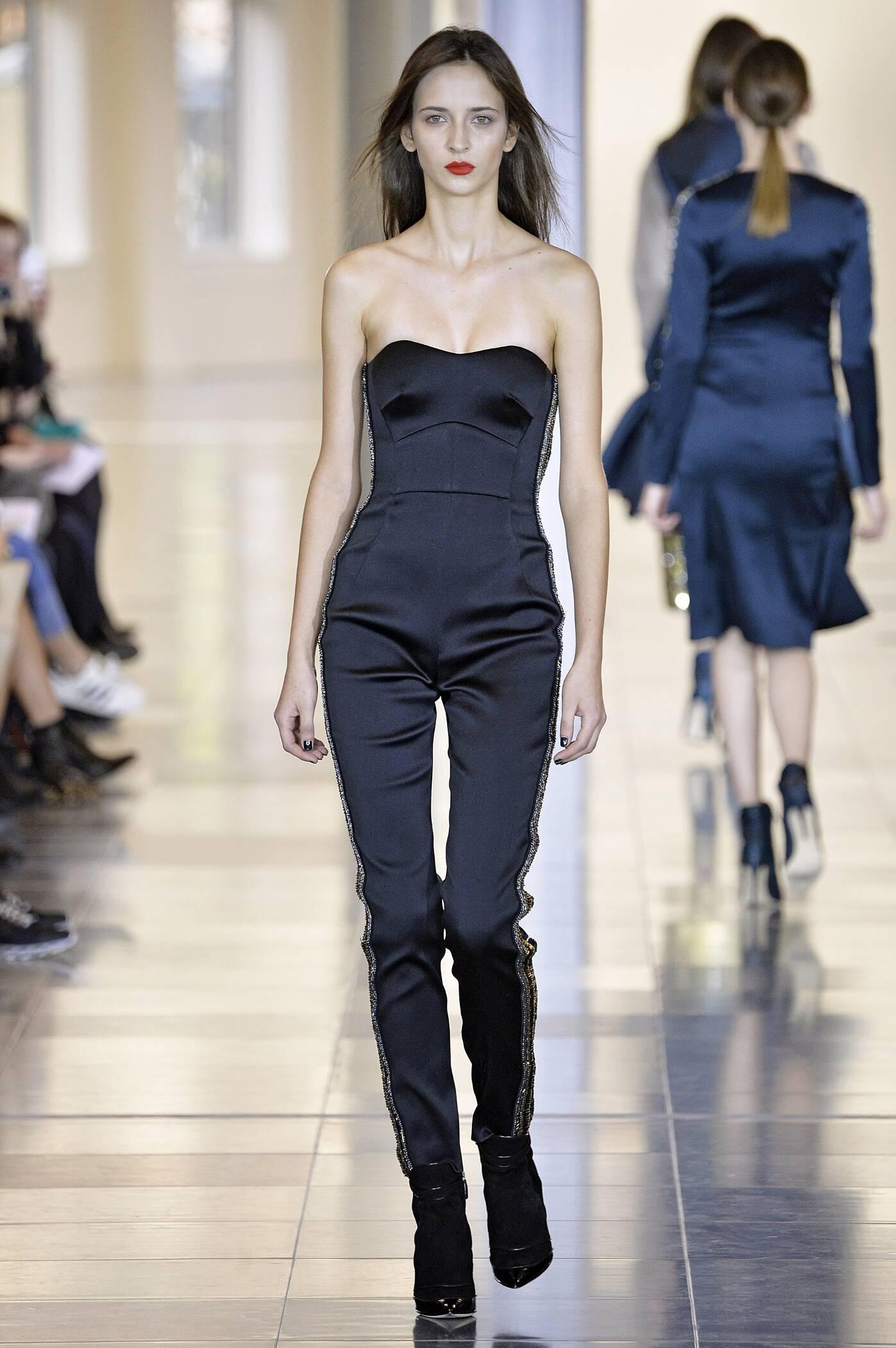 Antonio Berardi Fashion Show