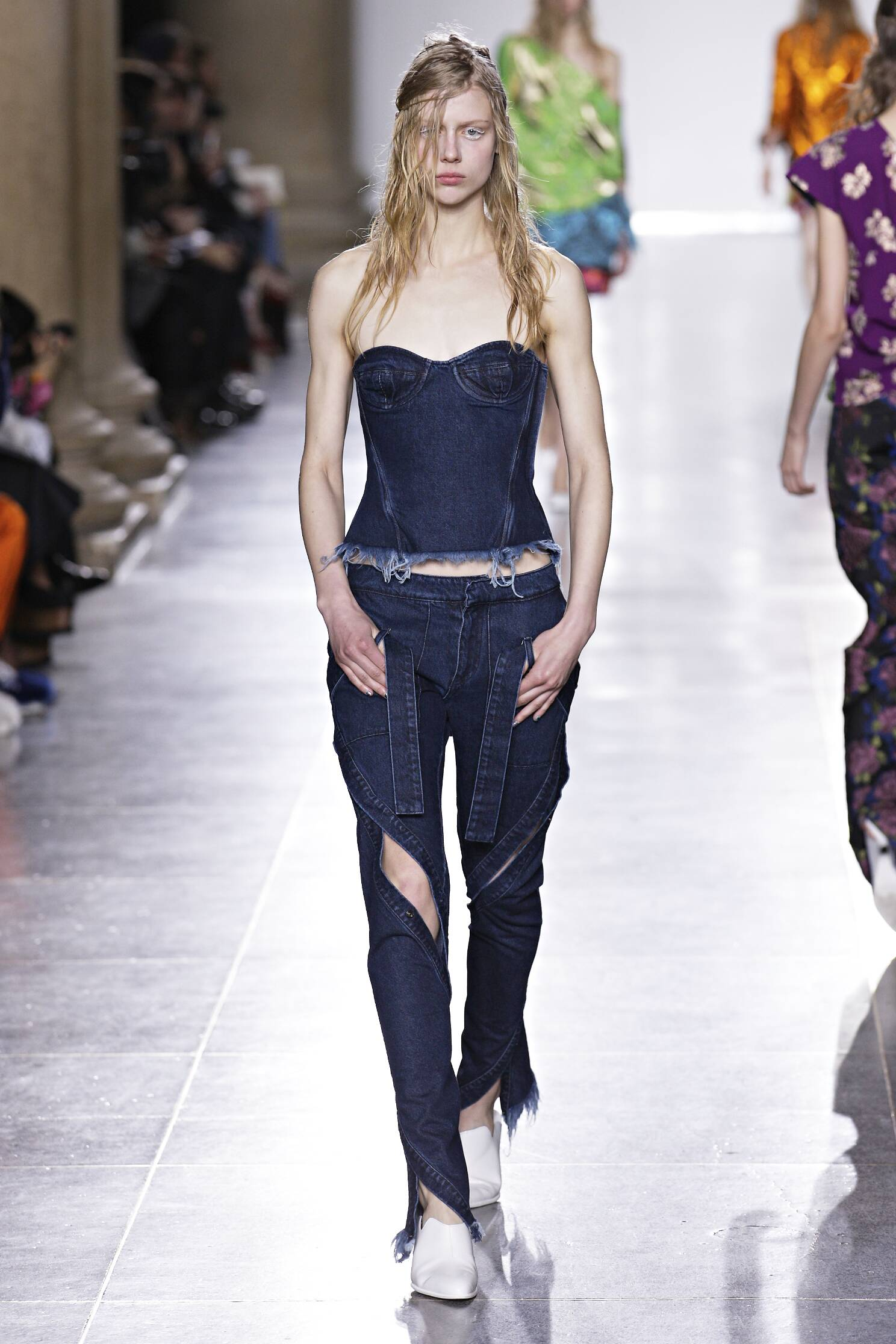 Catwalk Marques Almeida Fall Winter 2015 16 Women's Collection London Fashion Week