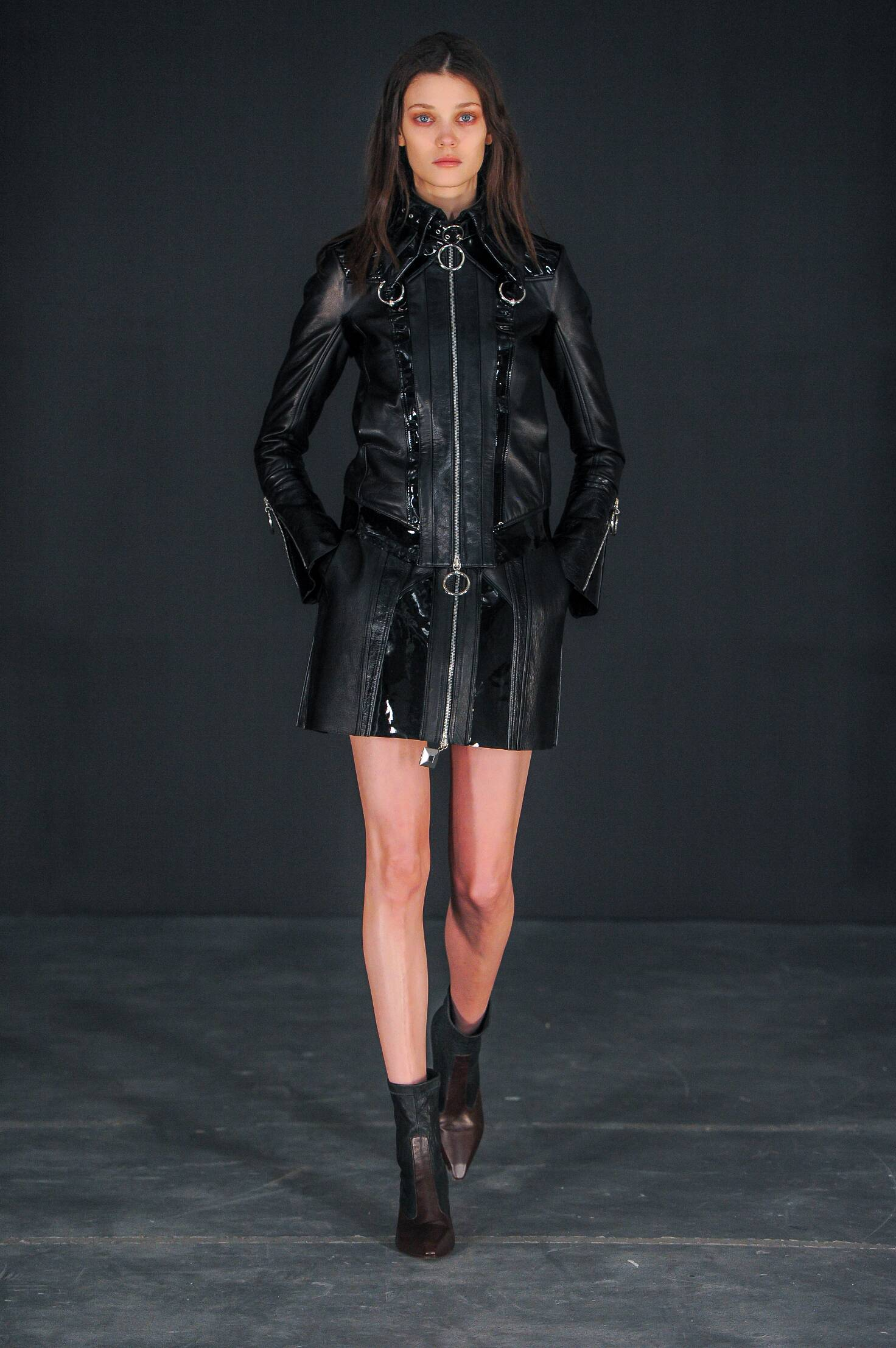Catwalk Thomas Tait Womenswear Collection Winter 2015