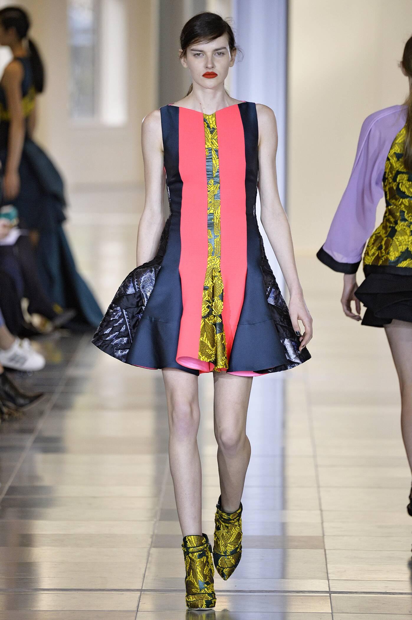 Fall 2015 Women Fashion Show Antonio Berardi Collection