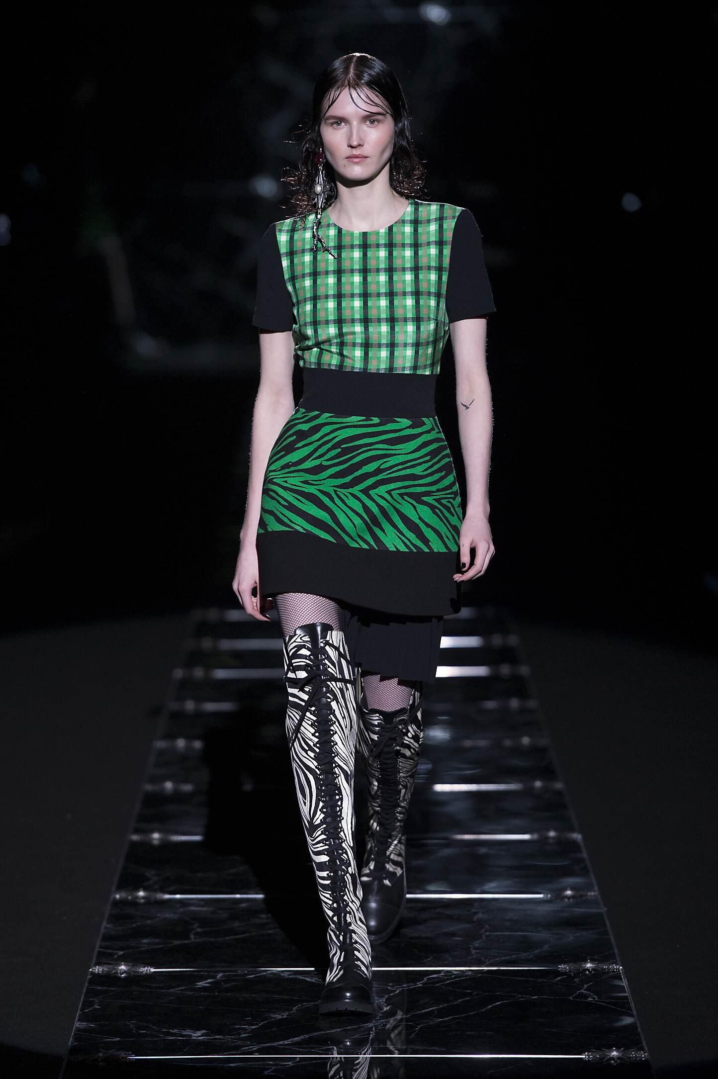 Fall 2015 Women Fashion Show Fausto Puglisi Collection
