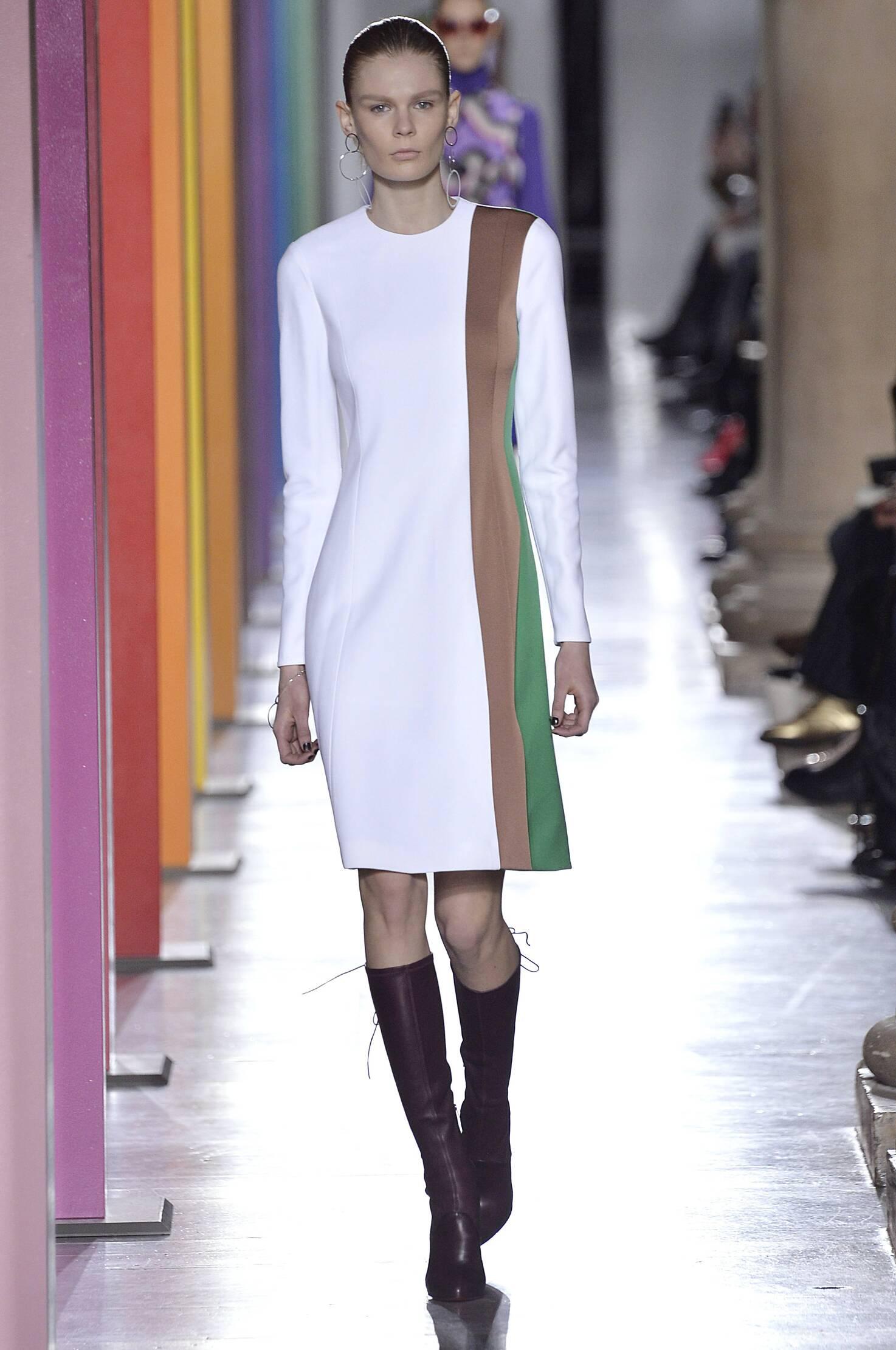 Fall 2015 Women Fashion Show Jonathan Saunders Collection