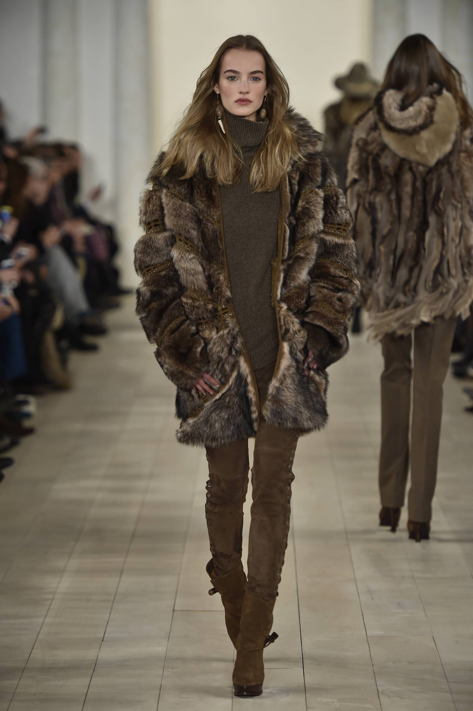 RALPH LAUREN FALL 2015 WOMEN'S COLLECTION