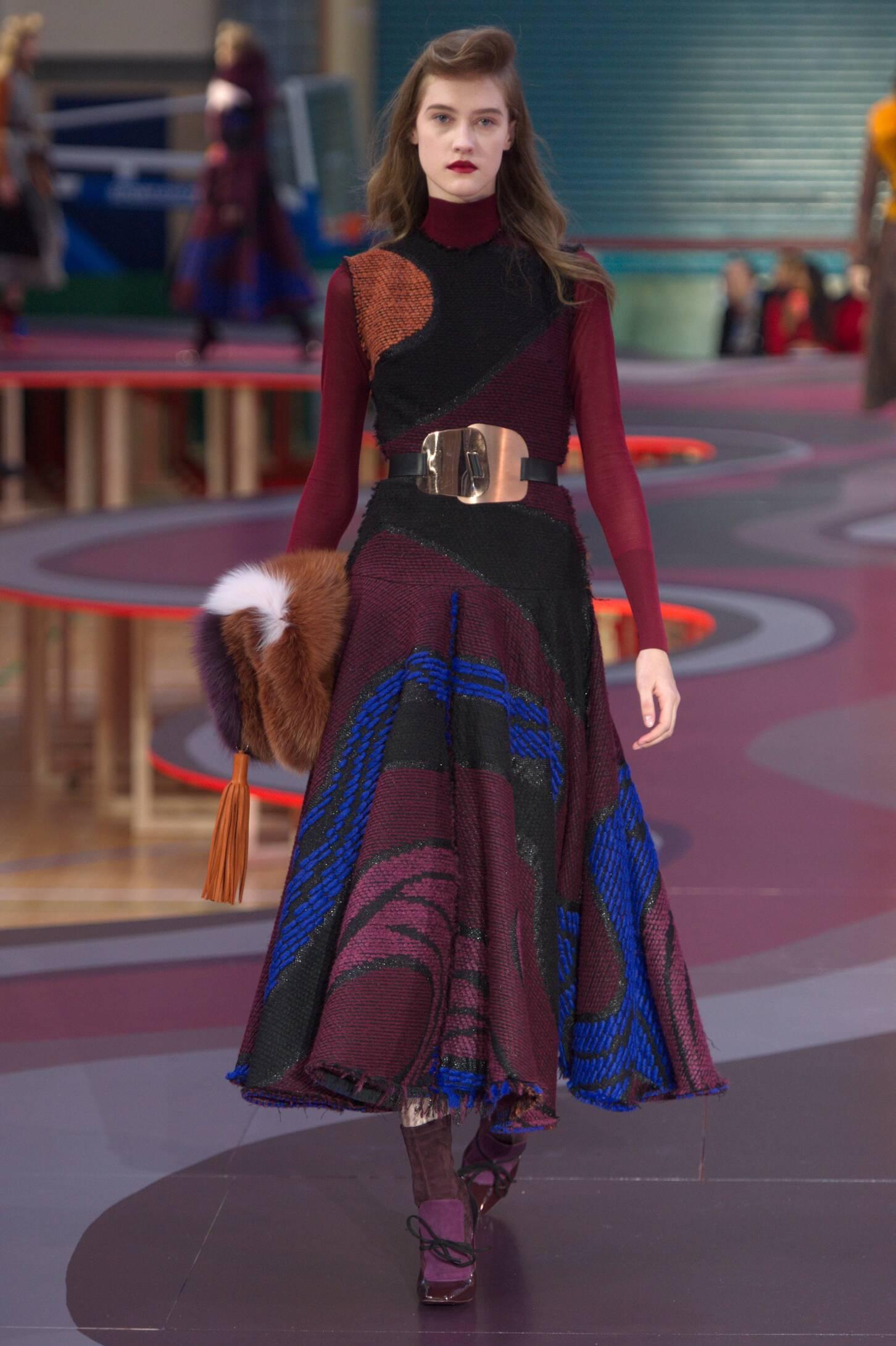 Fall 2015 Women Fashion Show Roksanda Collection