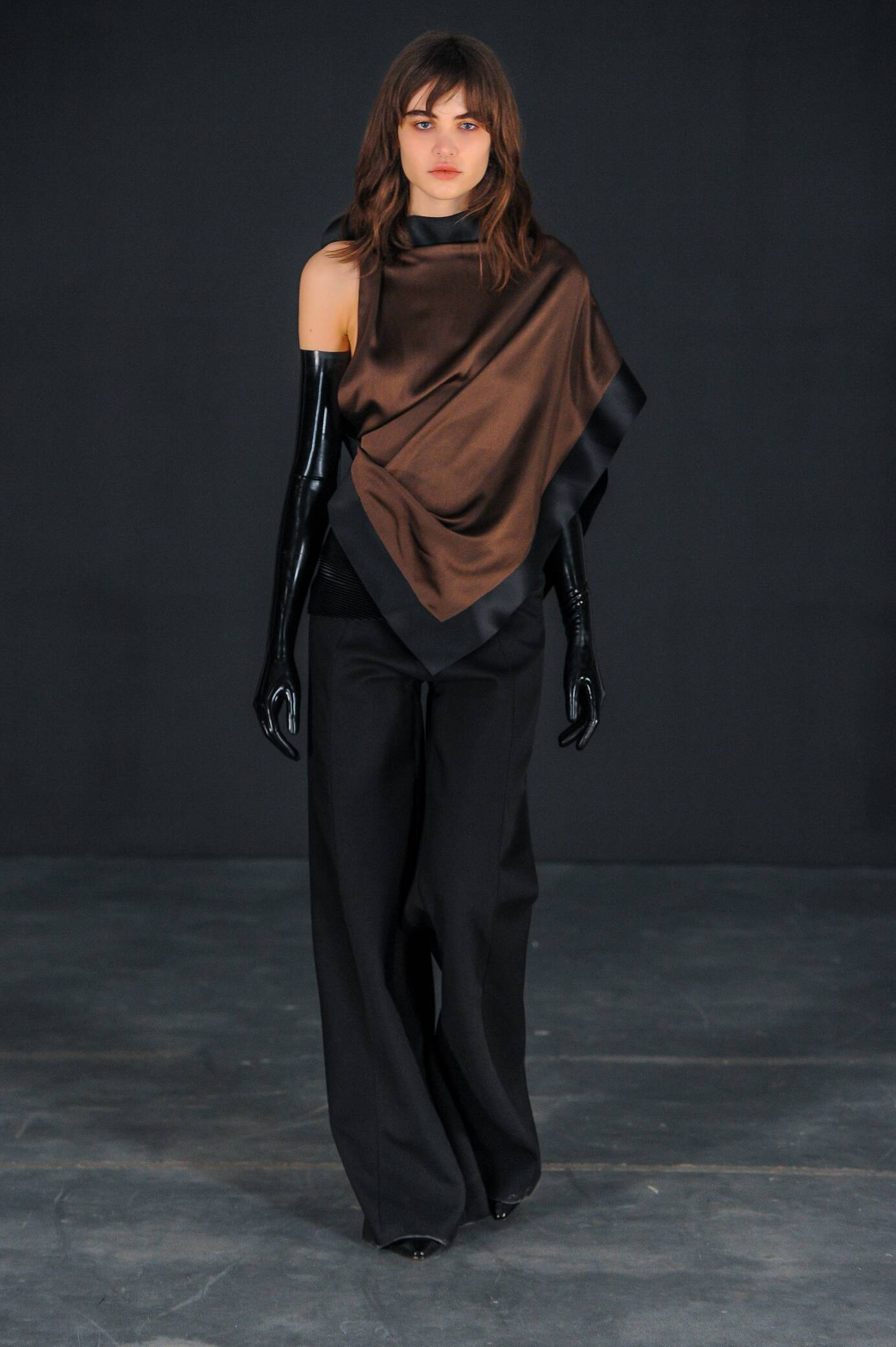 Fall 2015 Women Fashion Show Thomas Tait Collection
