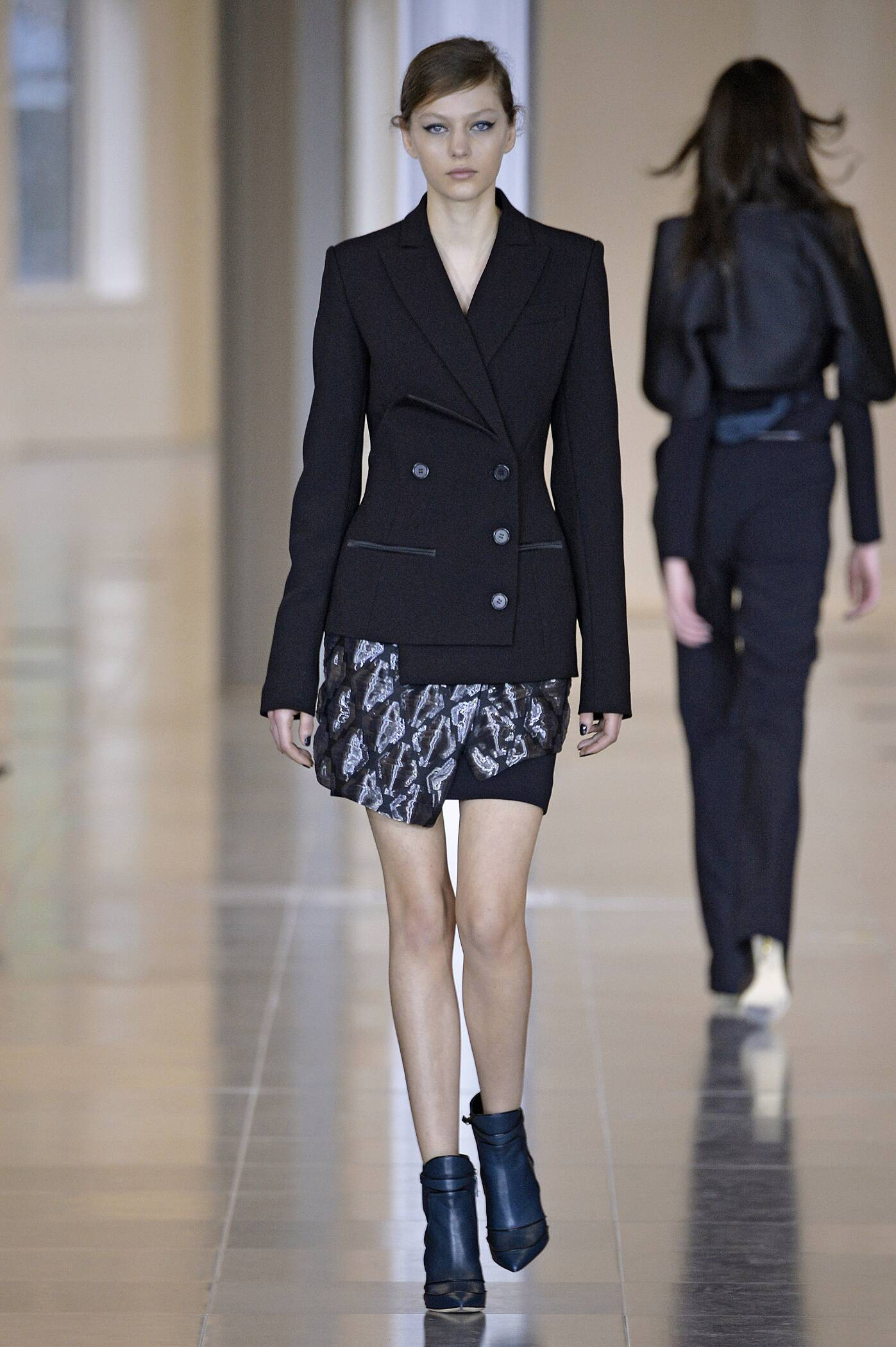 Fall Fashion 2015 2016 Antonio Berardi Collection