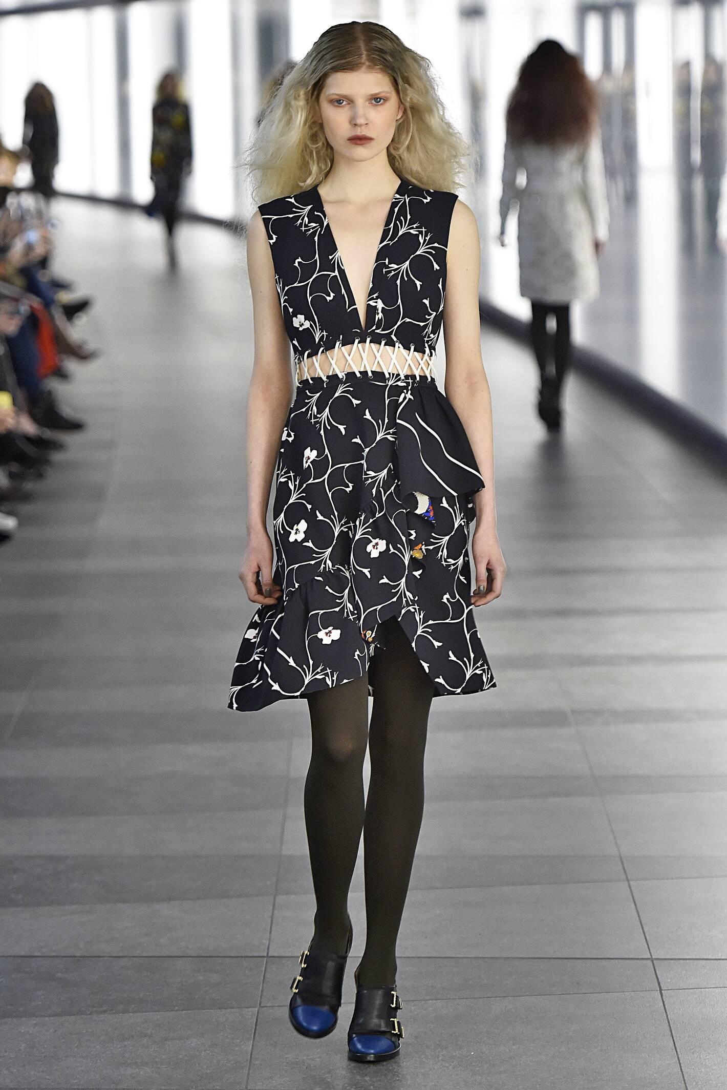 Fall Fashion 2015 2016 Preen by Thornton Bregazzi Collection