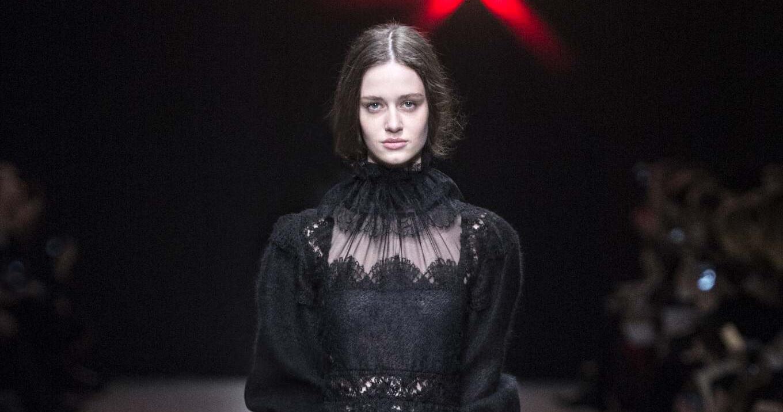 Fall Fashion Woman Alberta Ferretti Collection 2015
