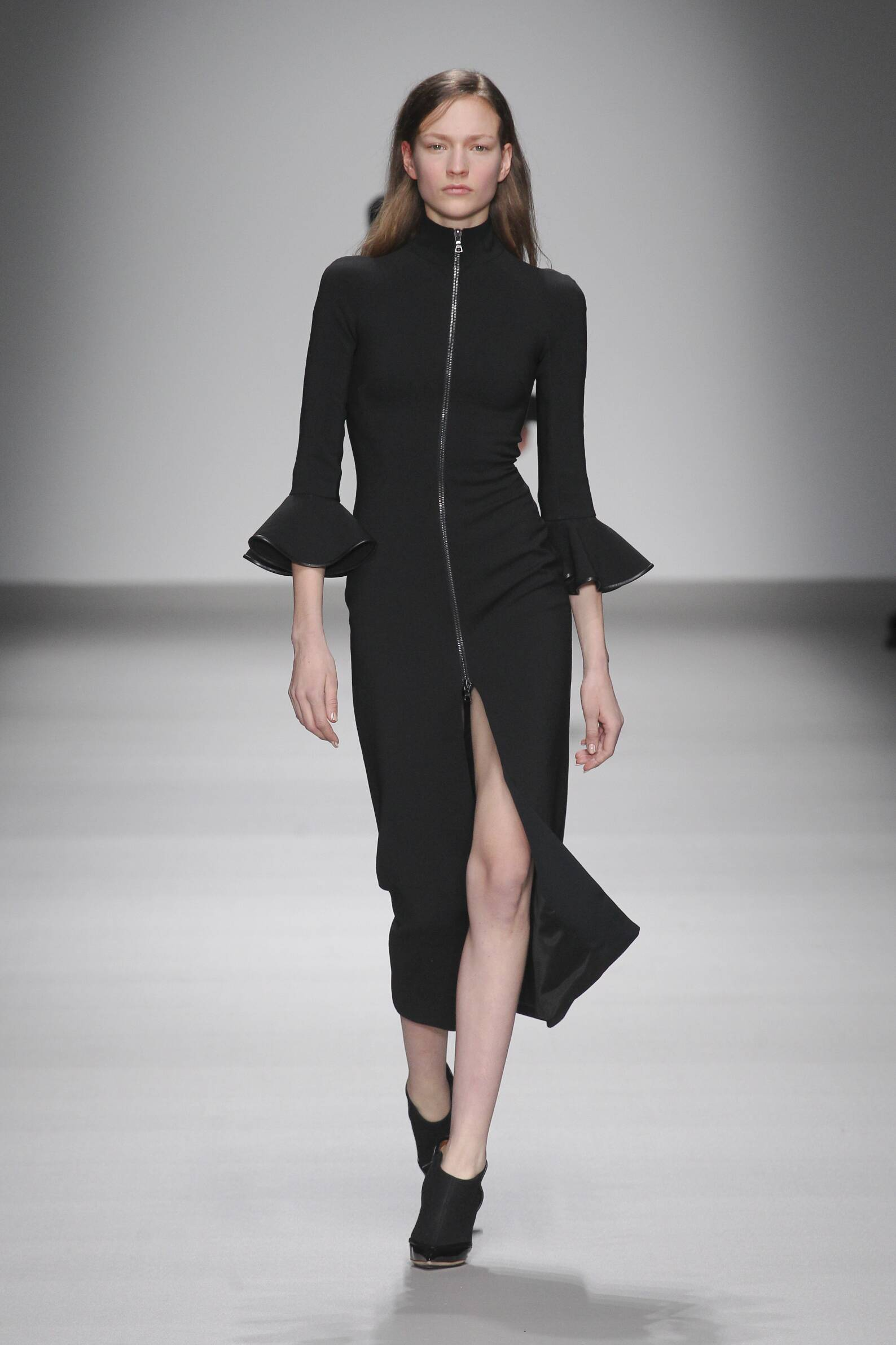 Fall Fashion Woman David Koma Collection