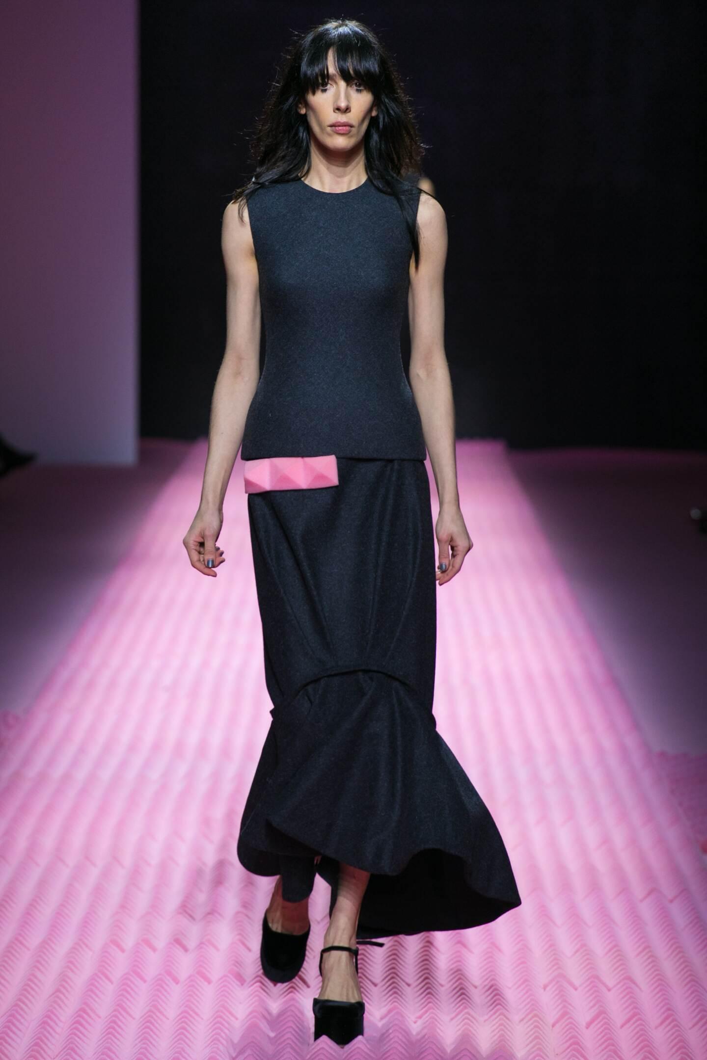 Fall Fashion Woman Mary Katrantzou Collection