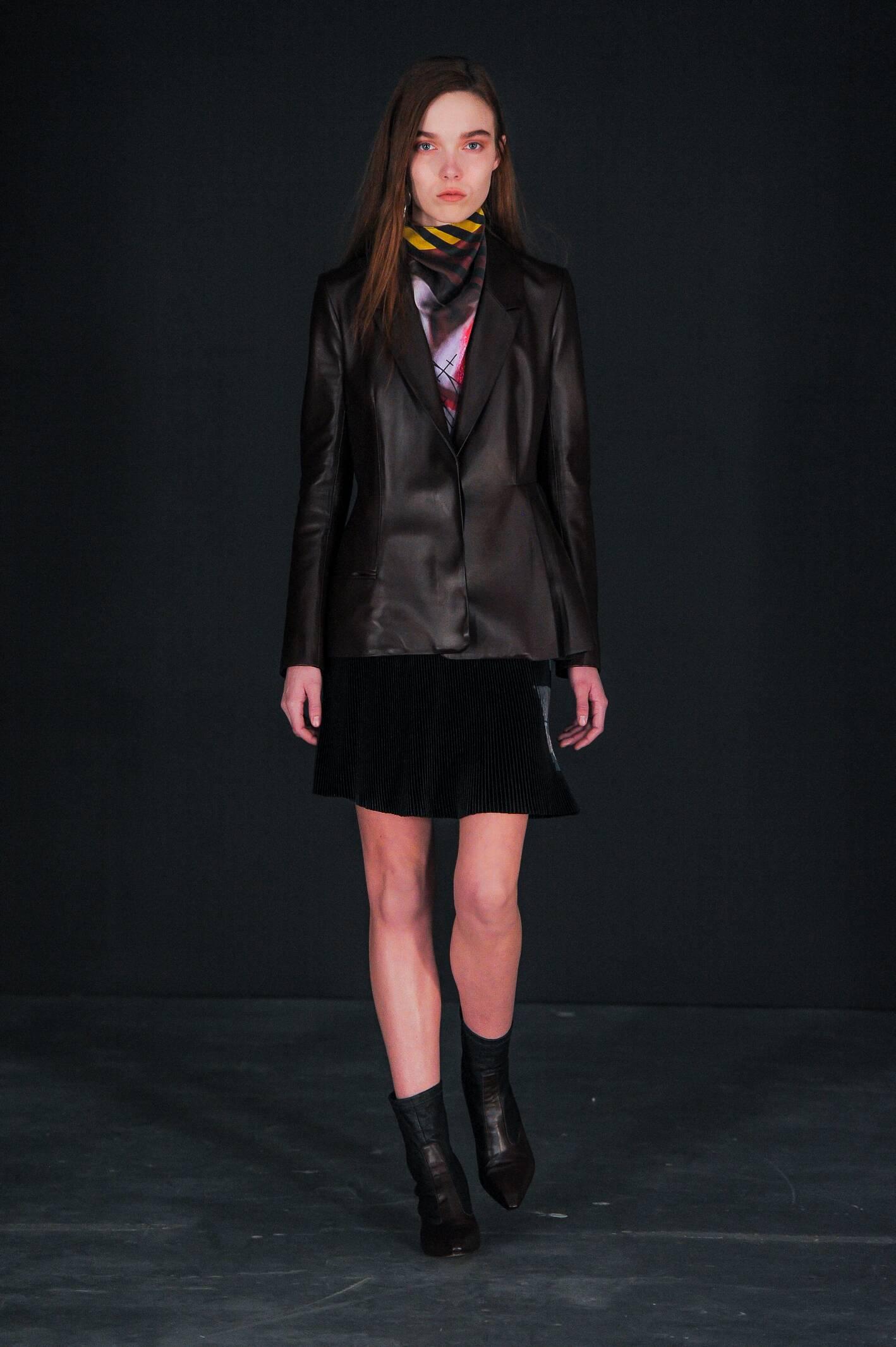 Fall Winter 2015 16 Fashion Collection Thomas Tait