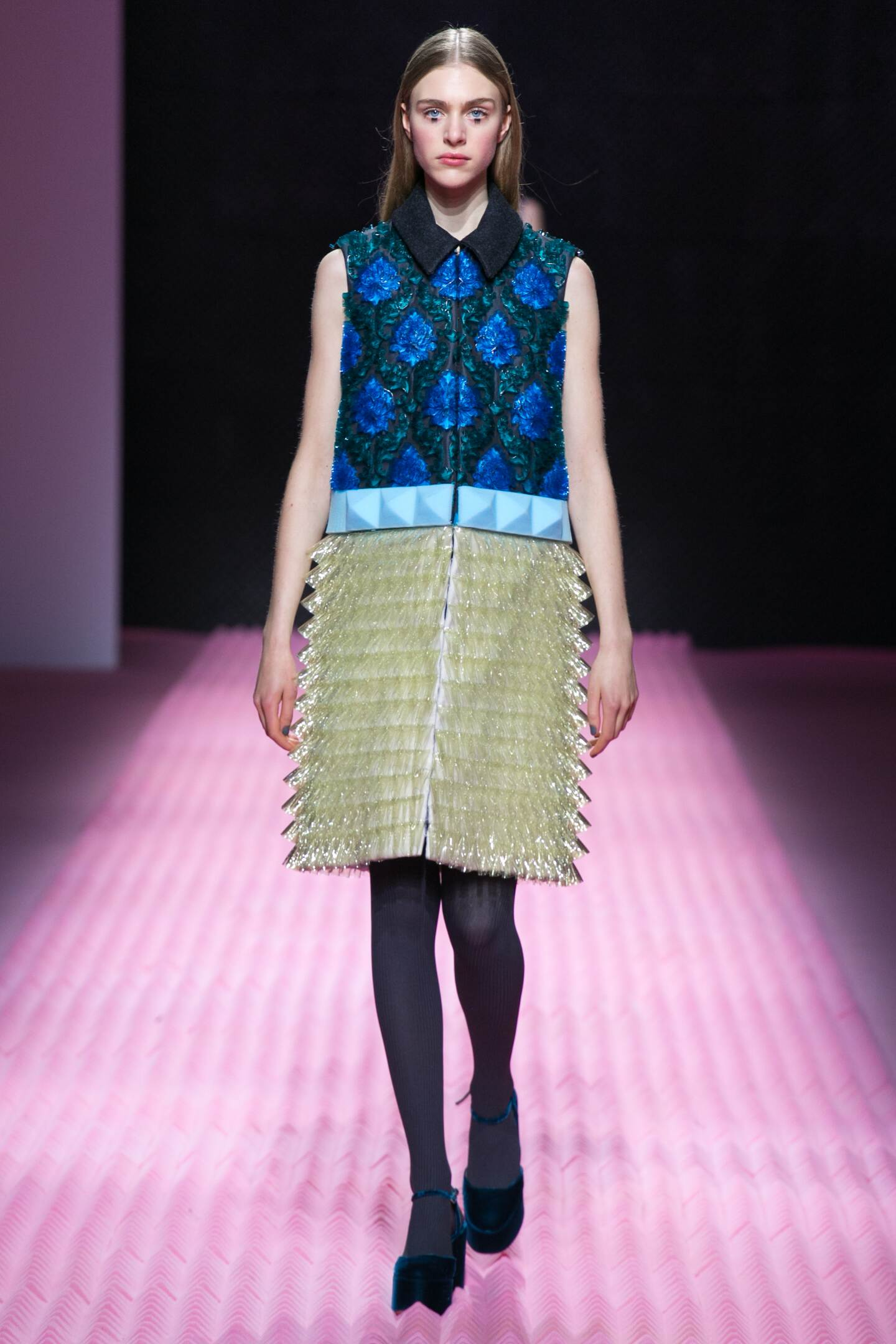 Fashion Woman Model Mary Katrantzou Collection Catwalk