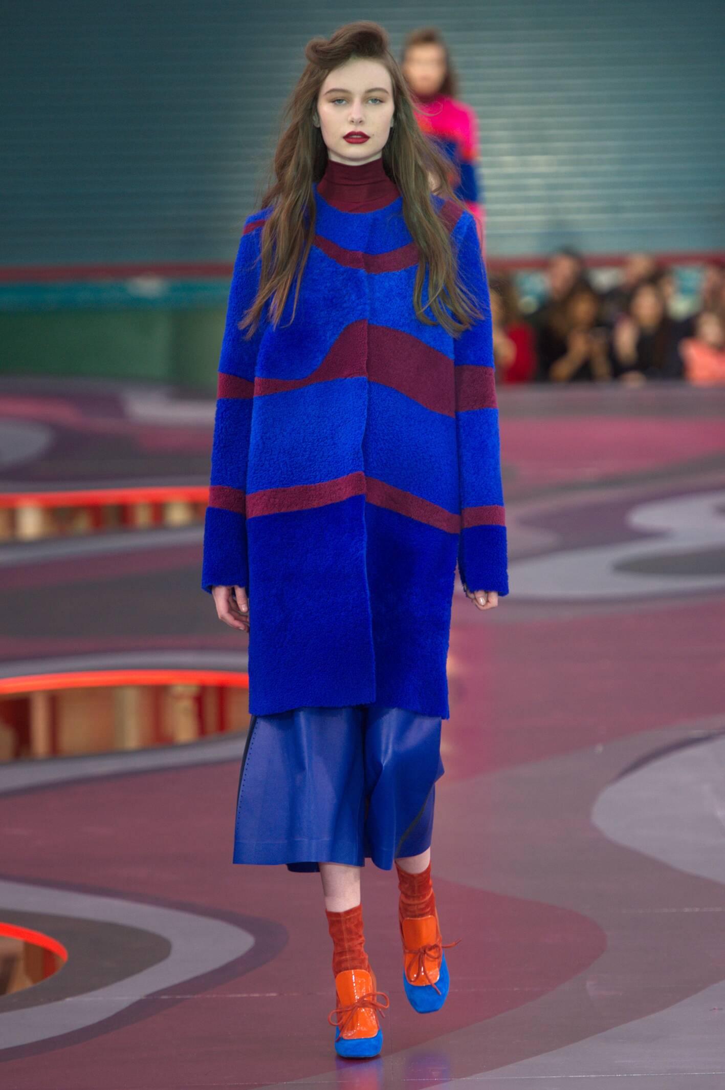 Fashion Woman Model Roksanda Collection Catwalk