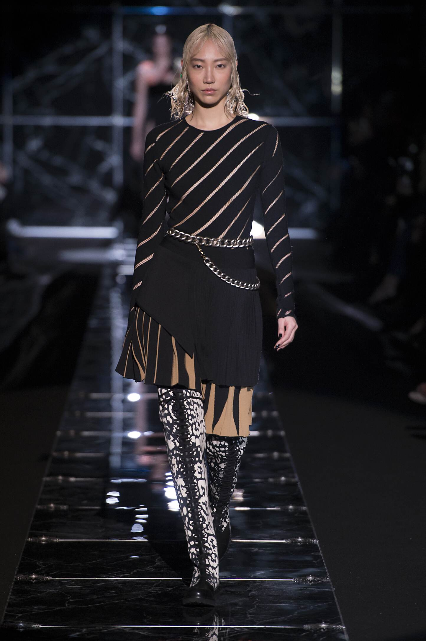 Fausto Puglisi Fall Winter 2015 16 Womens Collection Milan Fashion Week