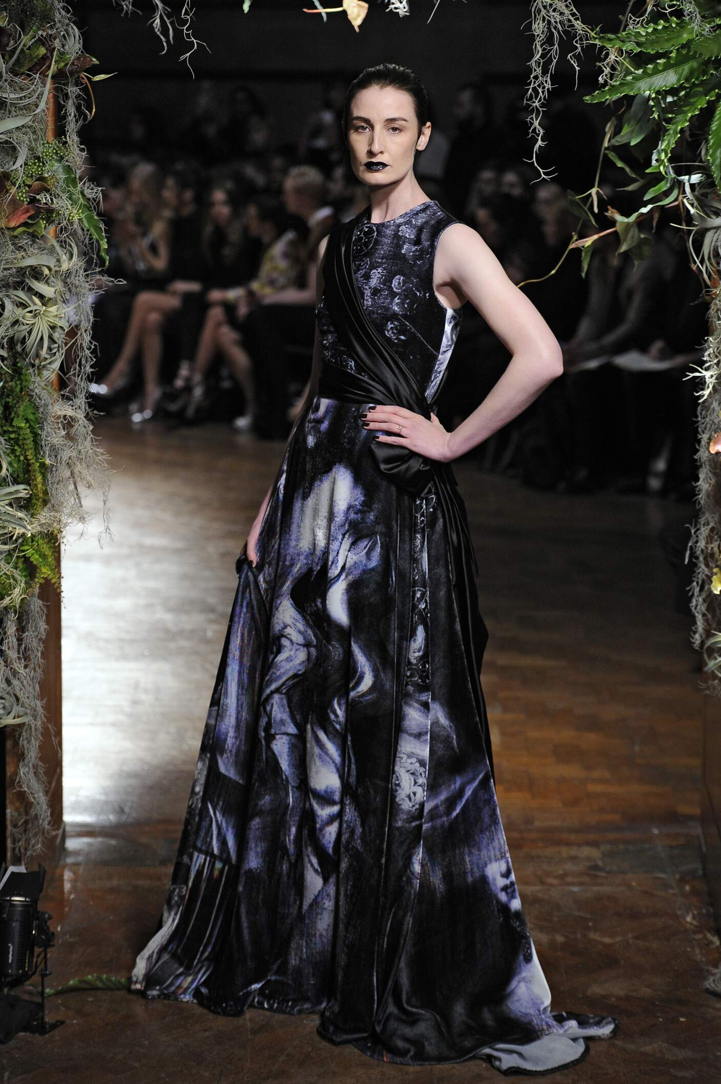 Giles Collection Winter 2015 Catwalk
